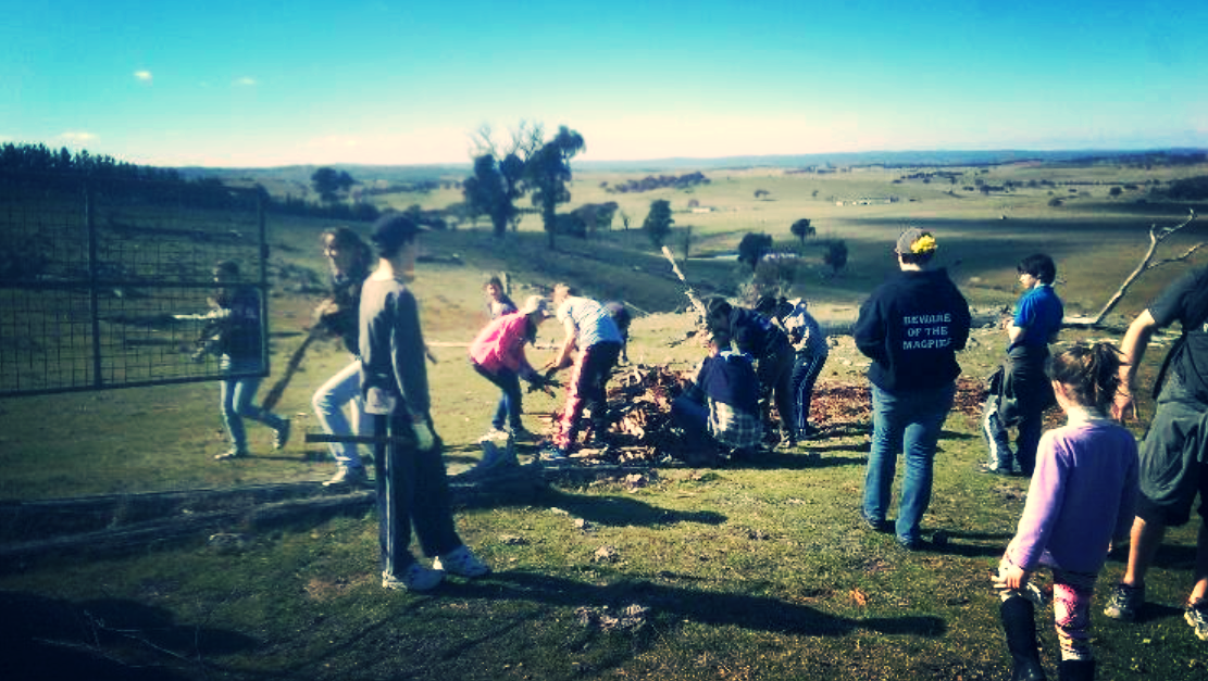 Some of the team helping clean up the family property of one of Mosaic's missionaries