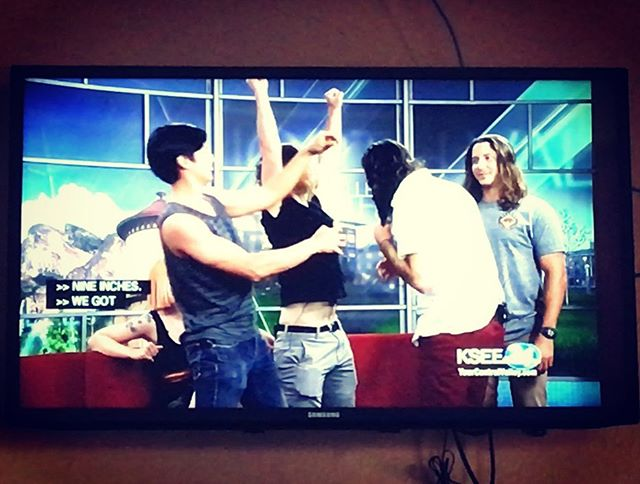 Yeah... we got pretty goofy on @centralvalleytoday at @ksee24 studio last Friday. . . . #noalcoholrequired #themorningdrive #measuringhour #9inches #lookmomimontv #tmd #localtv #fresno #legendsinourownminds #localmusic #livemusic