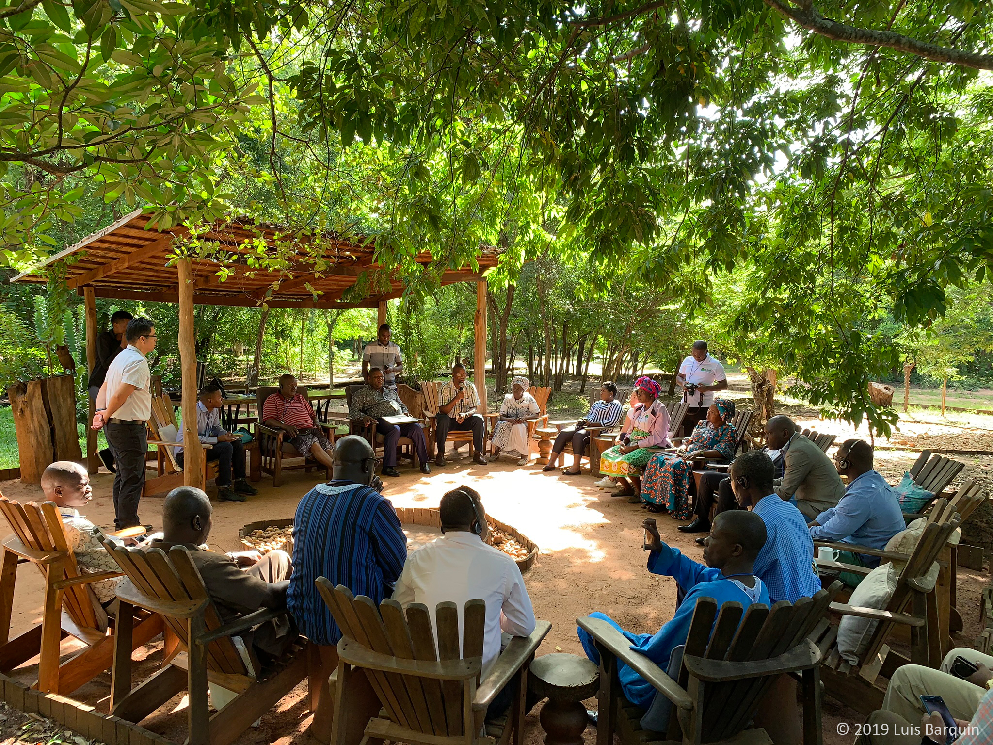 A discuss takes place during the DGM 2019 Africa Regional Exchange at M'phingwe Camp Lodge in Catapu, Mozambique. Participants share their experiences and the lessons learned in their respective countries.