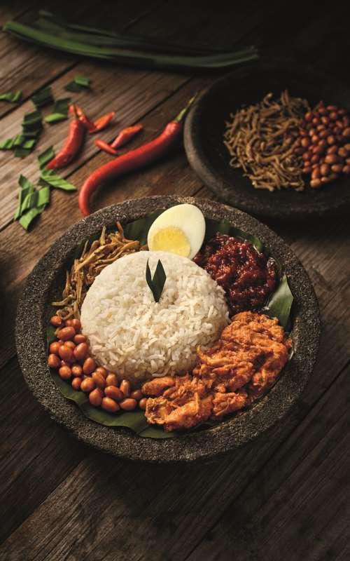 airasia-new-santan-combo-meal-pak-nasser-nasi-lemak.jpg