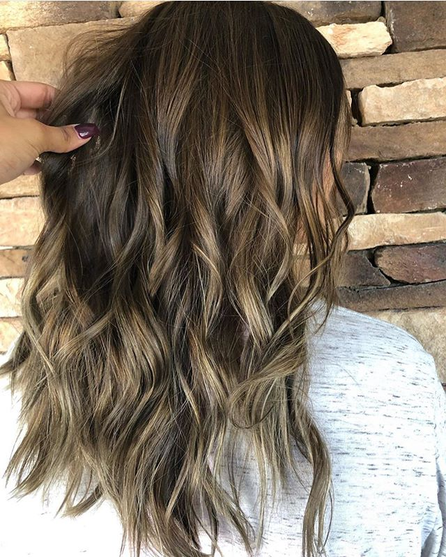 We love seeing all these fall time transitions! 😍 come see us and let us change your look! ❤️ flawless work from @hairby_tanisha_ 🙌 CALL us at 770-967-9333 or click this link http://matthews-co-salon.com/contact/ ❤️🎨✂️ #MatthewsCoSalon #BraseltonHairSalon #FloweryBranchHairSalon #BufordHairSalon #Hairbrained #Olaplex #BehindTheChair #Artego #Sherocks #AtlantaStylist #GainesvilleHairSalon #ColorMelt #Foilayage #Balayage #LivedInHair #HairPorn #Follow #Hairdresser #CosmoProf #Framar #LicensedtoCreate #Ombre