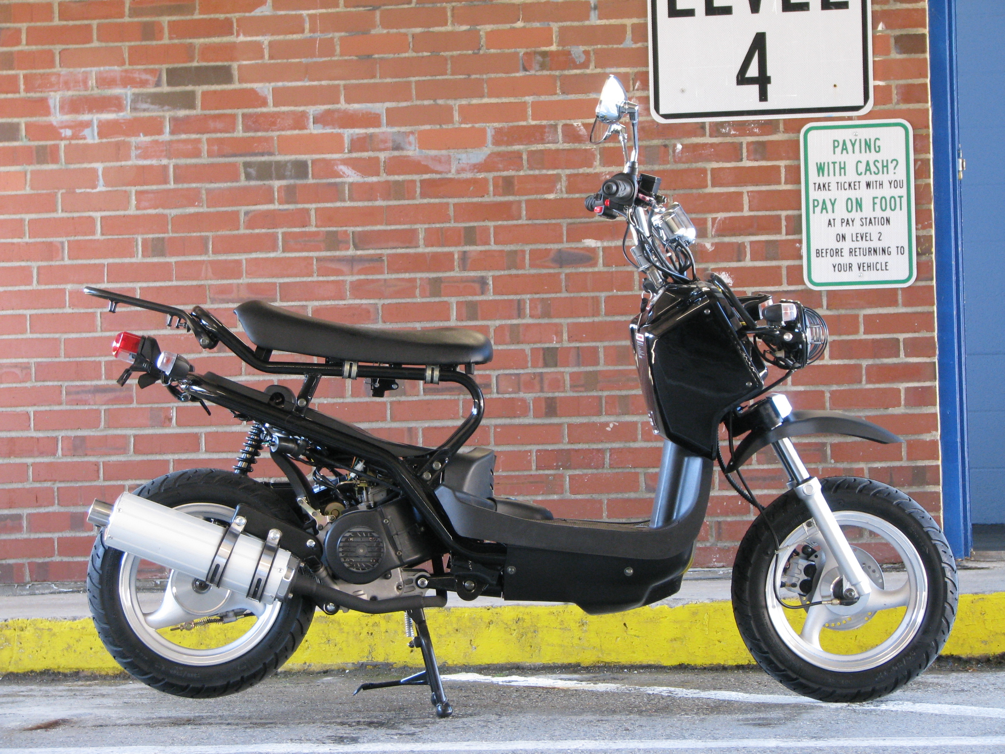 The straight skinny on our Honda Ruckus clones — Port City