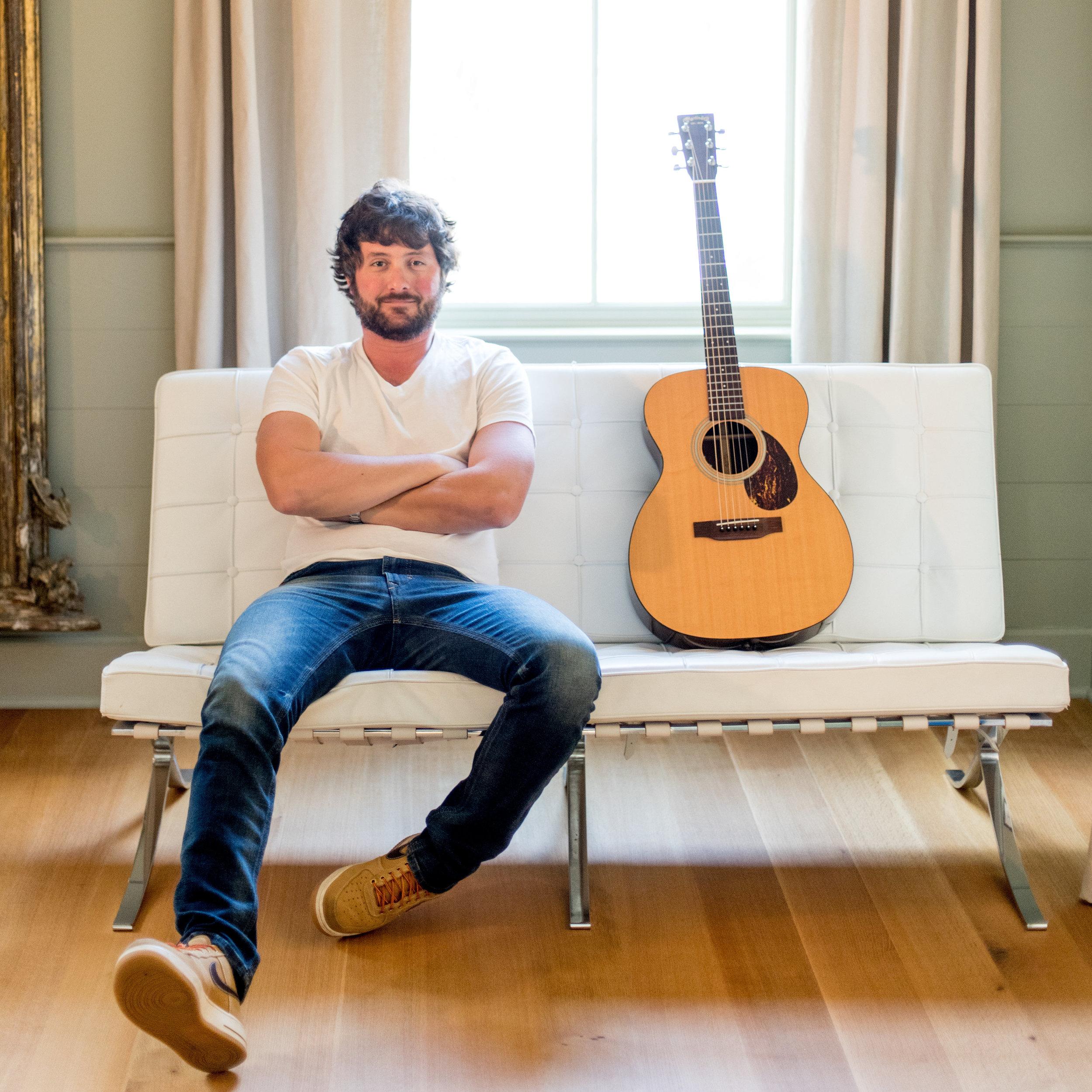 Chris Dodson - Solo Acoustic Guitarist and Vocalist