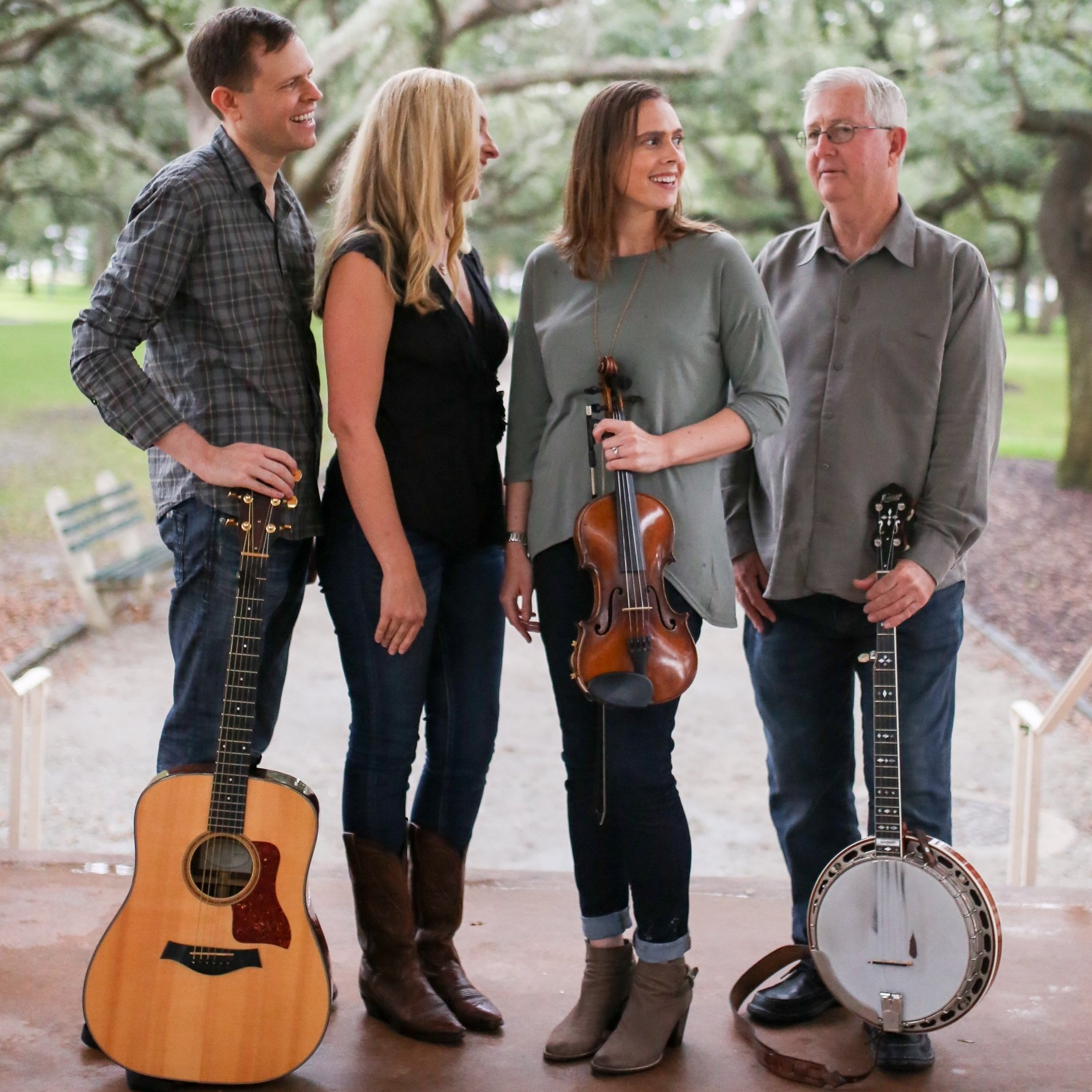 Gravel Road Bluegrass   Bluegrass and Country Trio