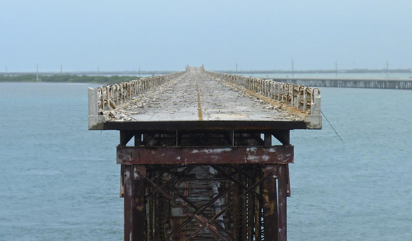 Old Bahia bridge.jpg