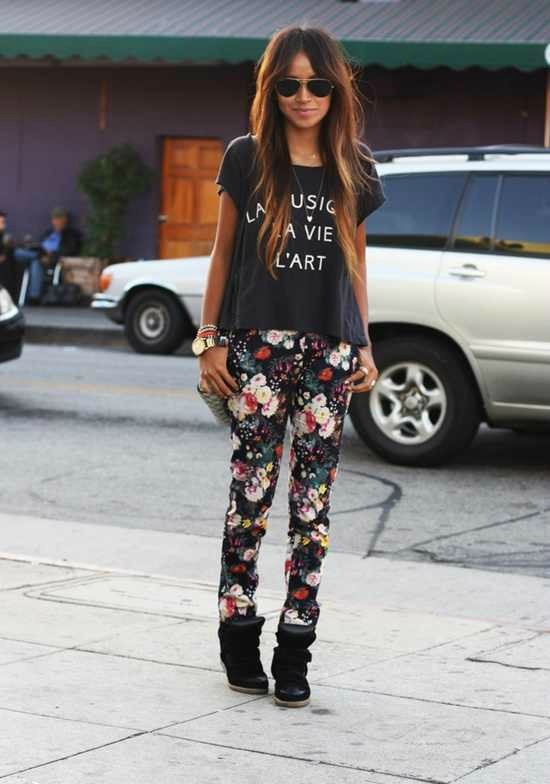floral+pants+sincerely+jules+inspired+louboutins+and+love+fashion+blog+personal+style+shirt+skirt+shorts+summer+spring+fall+look+pretty+beautiful+want+model+shopping+buy+clothes+closet+trend+rayban+wedge+sneakers+michael+kors+watch.jpg