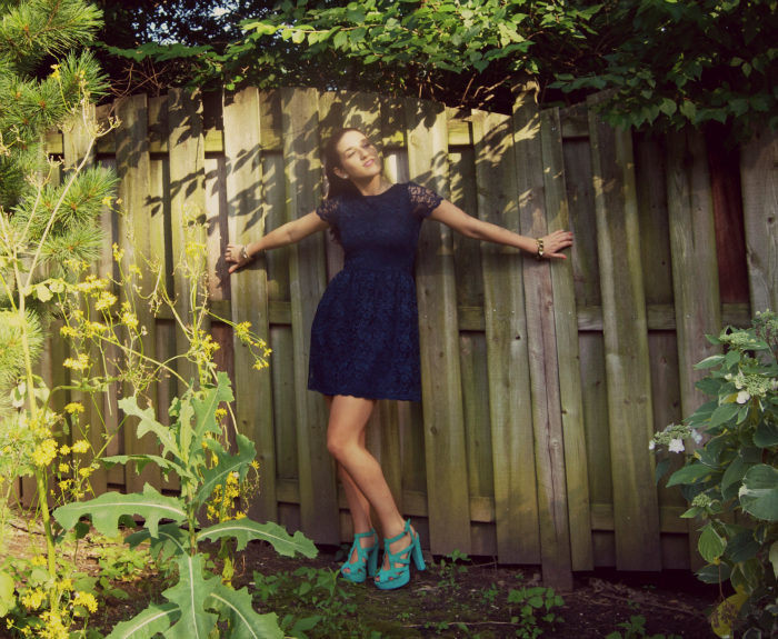 navy+blue+lace+dress+louboutins+and+love+fashion+blog+personal+style+teal+heels+gold+jewelry+brunette+bracelet+model+beautiful+pretty+photoshoot+trends+sheer+colorful+outfit+ootd+beauty+women+inspiration+esther+santer+hair+ponytail+bag+summer+spring.png