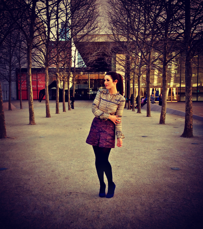 silk+and+tweed+fashion+blog+louboutins+and+love+lincoln+center+NYC+shoes+.png