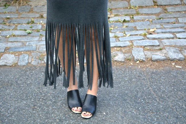 Leah & Pearl Grey Fringe Dress Louboutins & Love Fashion Blog Esther Santer Street Style Outfit OOTD Sunglasses Jcrew Mules Gold Black Zara Necklace Coco & Marie Flowers Summer Look Girl Model Photoshoot NYC Beautiful Swag Trendy Brunette Hair Women.JPG