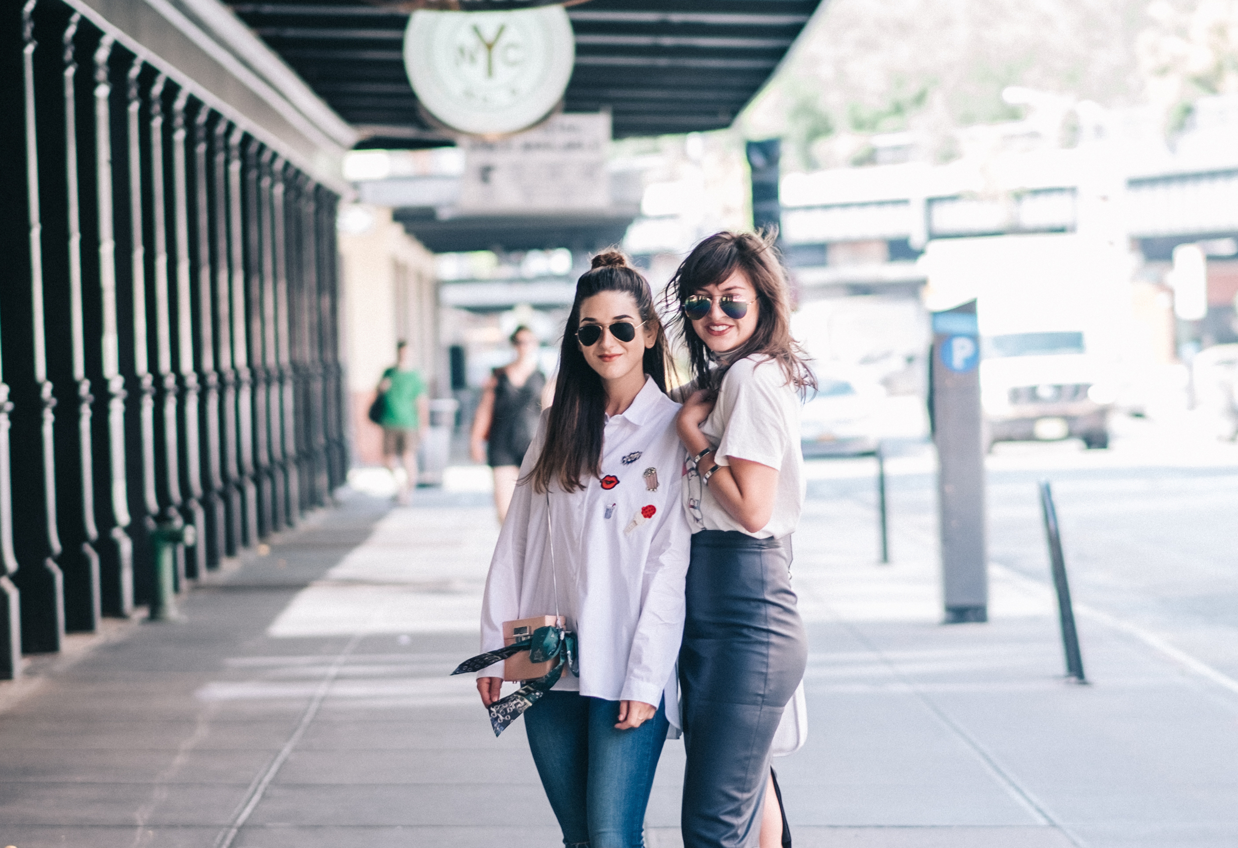 Photoshoot Collab With Lexicon Of Style How To Make Blogger Friends Louboutins & Love Fashion Blog Esther Santer NYC Street Style Blogger Outfit OOTD Trendy Oversized White Dress Shirt Patches Ripped Denim Jeans Scarf Wedges Heels Zara Sunglasses Bag.jpg