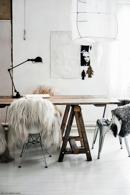 Interiors Louboutins & Love Fashion Blog Esther Santer Chic Rug Fuzzy Chair Metal Flowers Pot Plant Pillow Fur Carpet Wooden Wood Vase Cabinet Teacup Books Wall Hanging Art Awesome Girly Minimal Circle Oval Trinket White Wall Twiggy.jpg