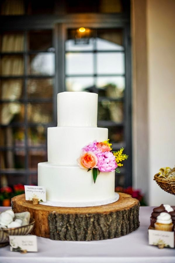 15 Wedding Cake Ideas Wedding Wednesday Esther Santer Fashion Blog NYC Street Style Blogger WeddingWire Delicious Vanilla Colorful White Pink Flowers Gold Red Purple Design Roses Fondant Frosting Trendy Baker Save Layers Rustic Inspiration Inspo Bride.jpg