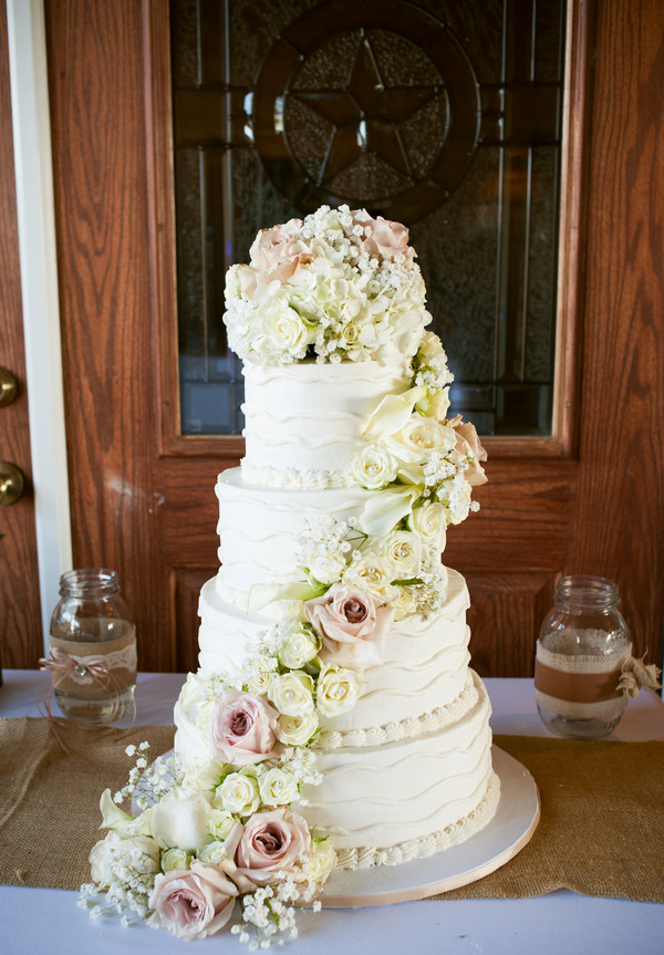15 Wedding Cake Ideas Wedding Wednesday Esther Santer Fashion Blog NYC Street Style Blogger WeddingWire Delicious Vanilla Colorful White Pink Flowers Gold Red Purple Design Roses Fondant Frosting Trendy Fancy Save Layers Rustic Inspiration Inspo Bride.jpg