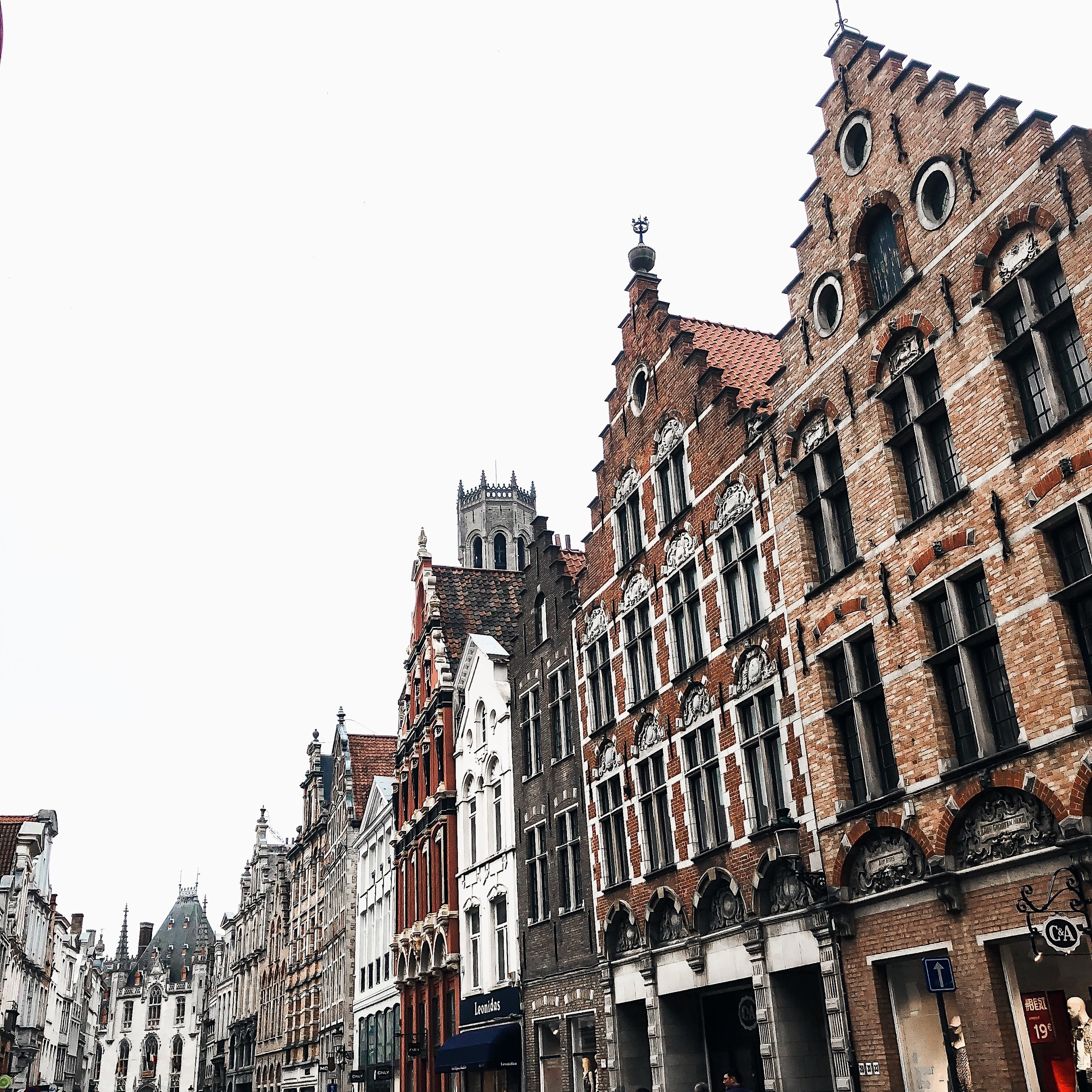 Belgium Travel Guide Bruges Ghent In 4 Days Esther Santer Fashion Blog NYC Street Style Blogger Outfit Sight Seeing Tourist Shop What How To Wear Expore What To Do Vacatiom Itinerary Short Stopover Layover Europe EuroTrip Summer Activities Suggestions.jpg