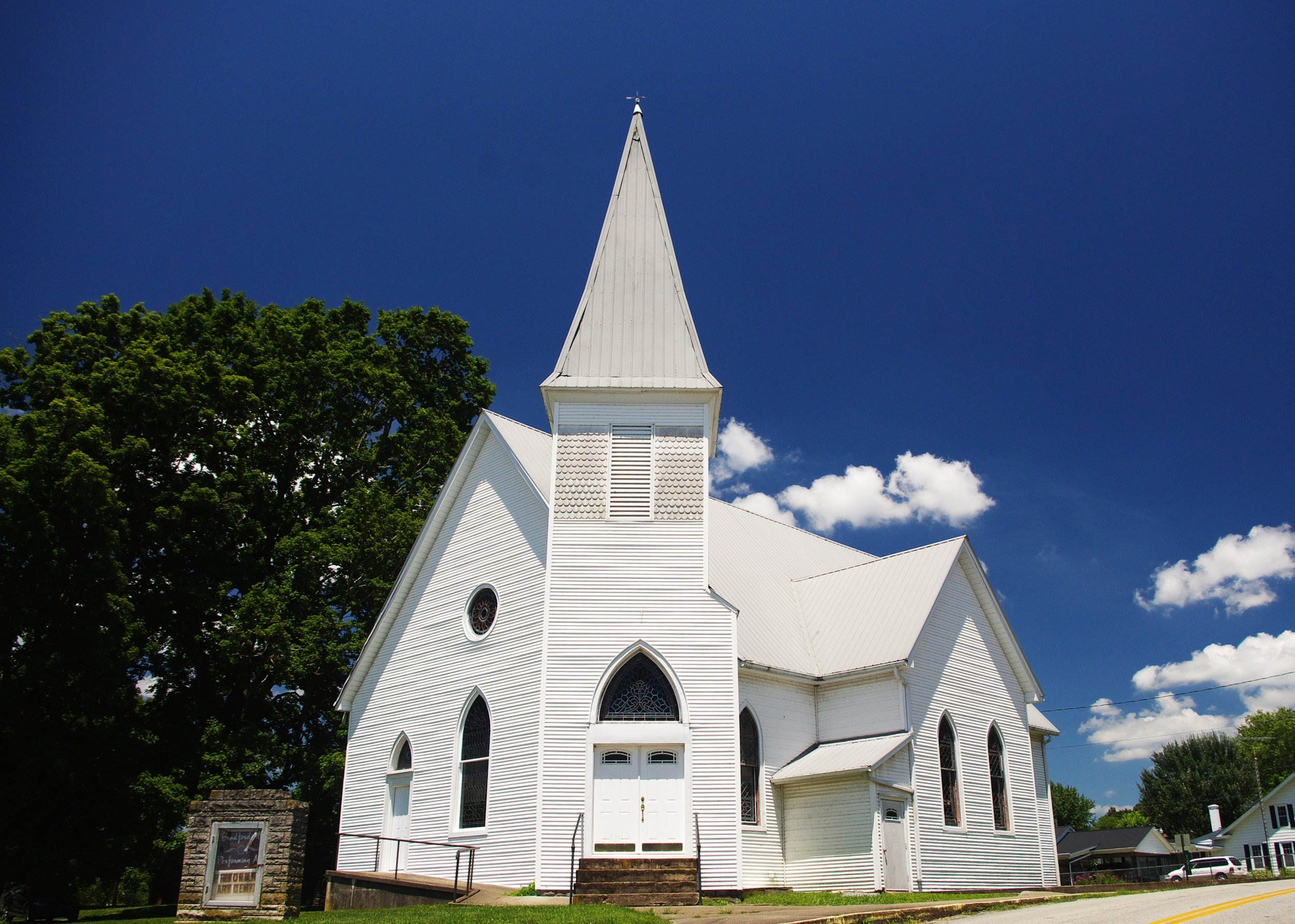 Bradfordsville-Christian-Church-ky.jpg