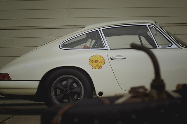 Missing Amelia and Already waiting for #luft6 .. #porsche911 #porsche #porsche912 #porsche356 #Porschelove #euro #classicporsche #vintageporsche #drivetastefully #912 #356 #rallyporsche #porscheartdaily #porschelove @porsche #classicporsche #california #art #luftgekühlt #germancars #german #aircooled #morning #flatfour #912 #carporn #fourbanger #losangeles #art  #roughneckbrigade #brigadier78 #flatsix #vintage