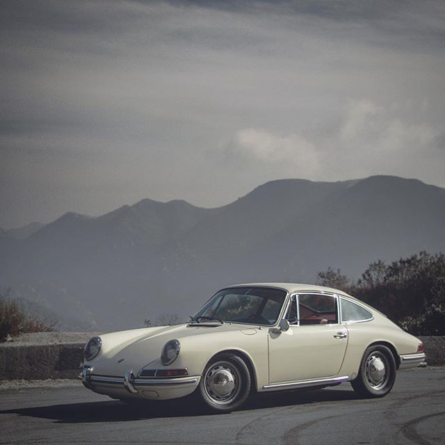 My first drive on this little one in Cali. #porsche912 #porsche #miami #porsche911 #porsche356 #Porschelove #euro #classicporsche #vintageporsche #drivetastefully #912 #356 #rallyporsche #porscheartdaily #porschelove @porsche #classicporsche #losangeles #art #luftgekühlt #germancars #german #aircooled #morning #flatfour #912 #carporn #fourbanger #miamistyle #art  #roughneckbrigade #brigadier78 #flatsix #vintage #longhood