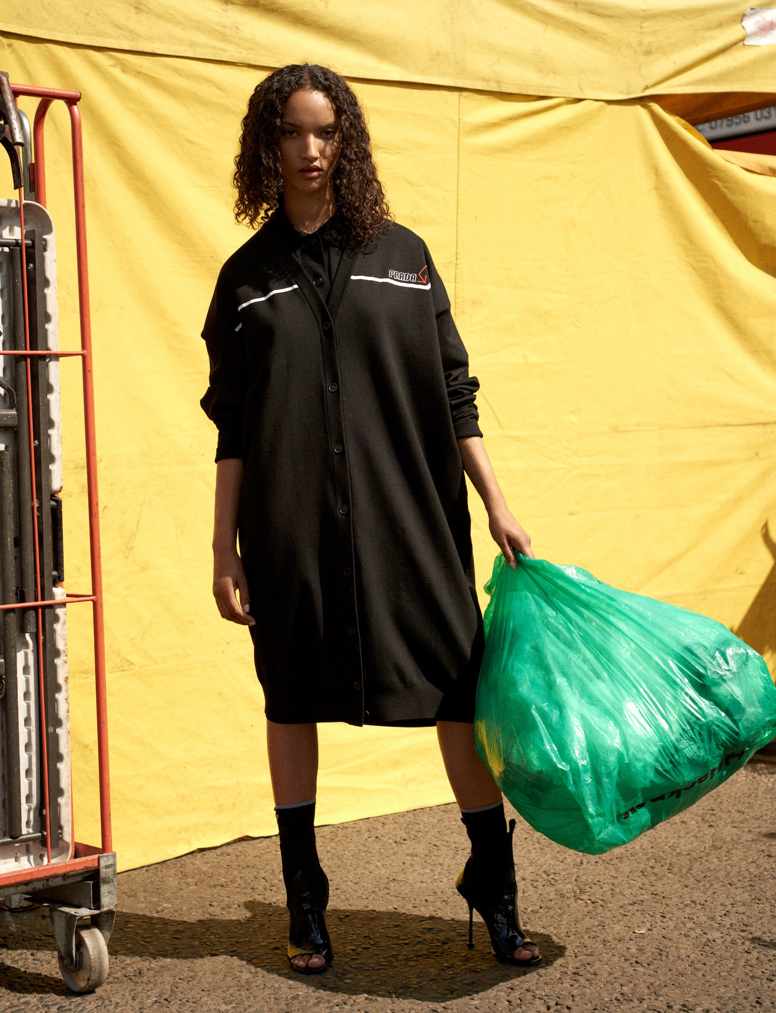 AM155_Vogue_Georgia_Palmer_07_1443.jpg