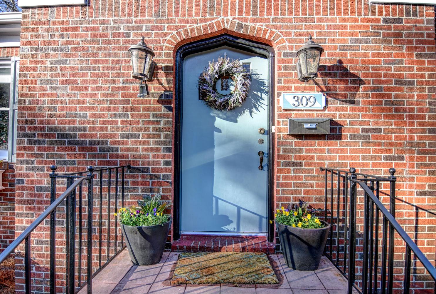 309 N 23rd St Wilmington NC-large-002-3-Welcome home-1486x1000-72dpi.jpg