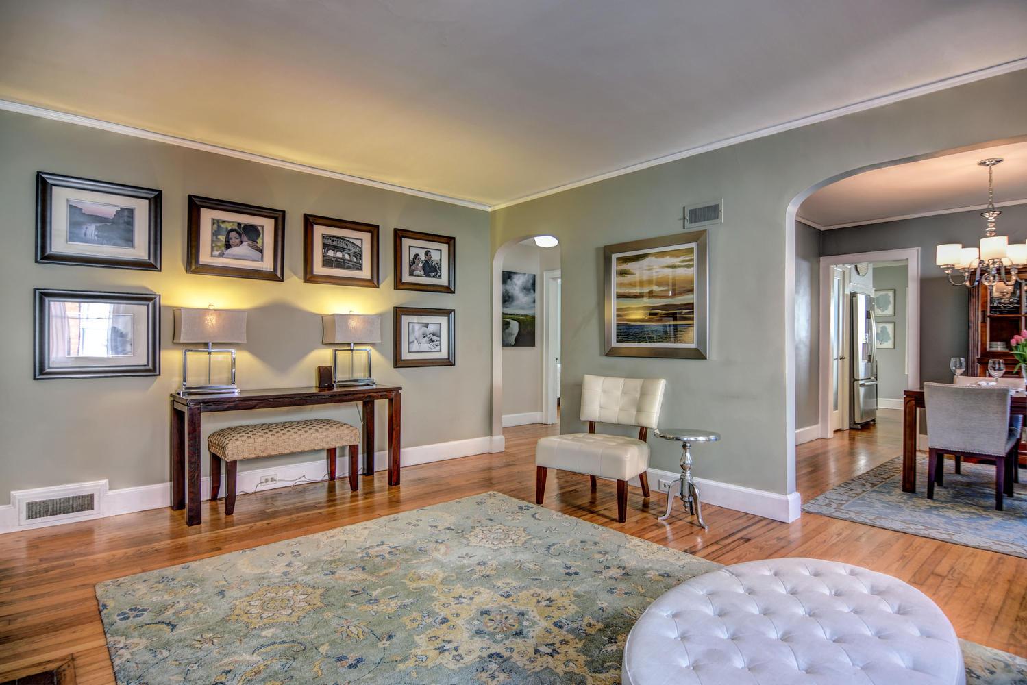 309 N 23rd St Wilmington NC-large-004-10-Living Room-1499x1000-72dpi.jpg