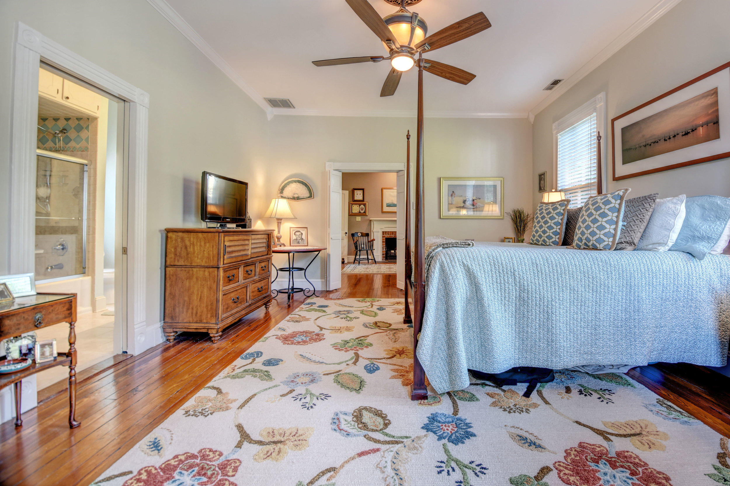 605 Dock St Wilmington NC-print-032-49-Master Bedroom-4200x2800-300dpi.jpg