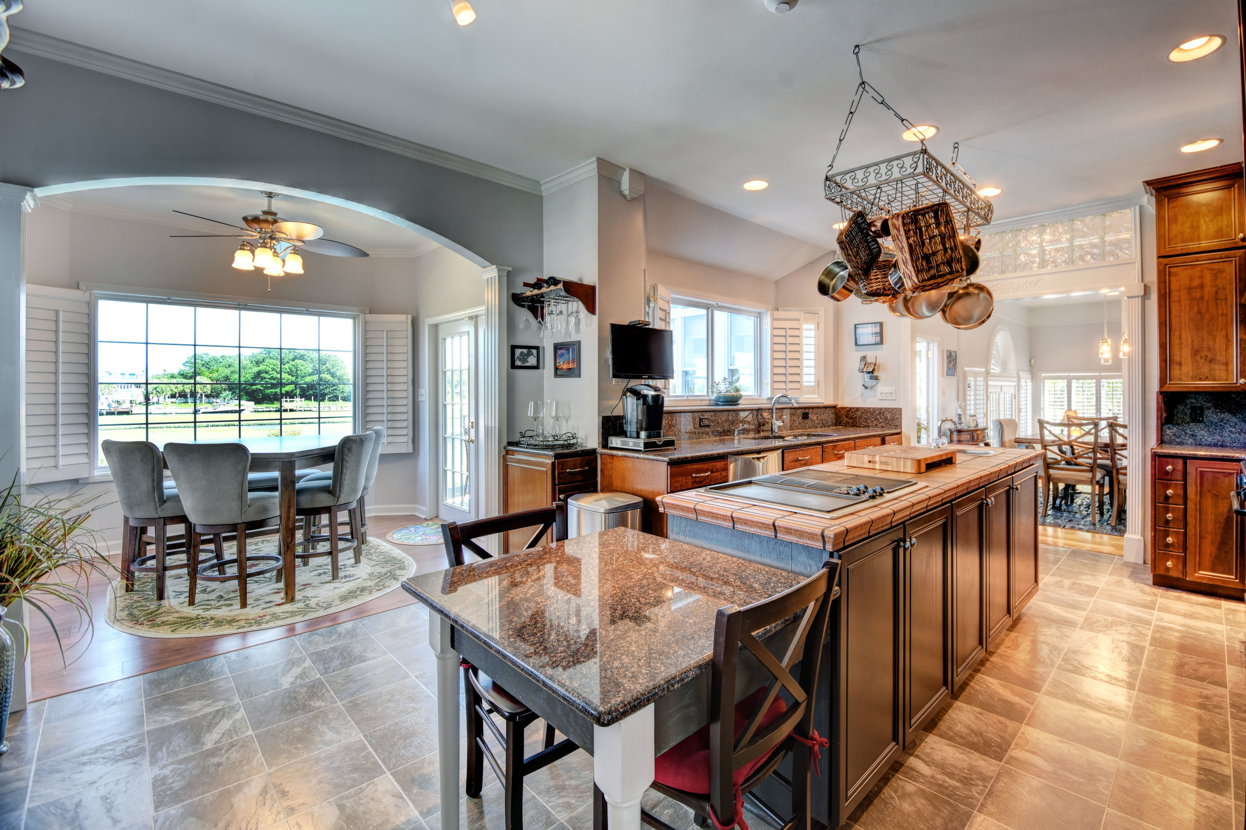 842 Shinn Point Rd Wilmington-print-033-68-KitchenBreakfast Room-4200x2800-300dpi.jpg