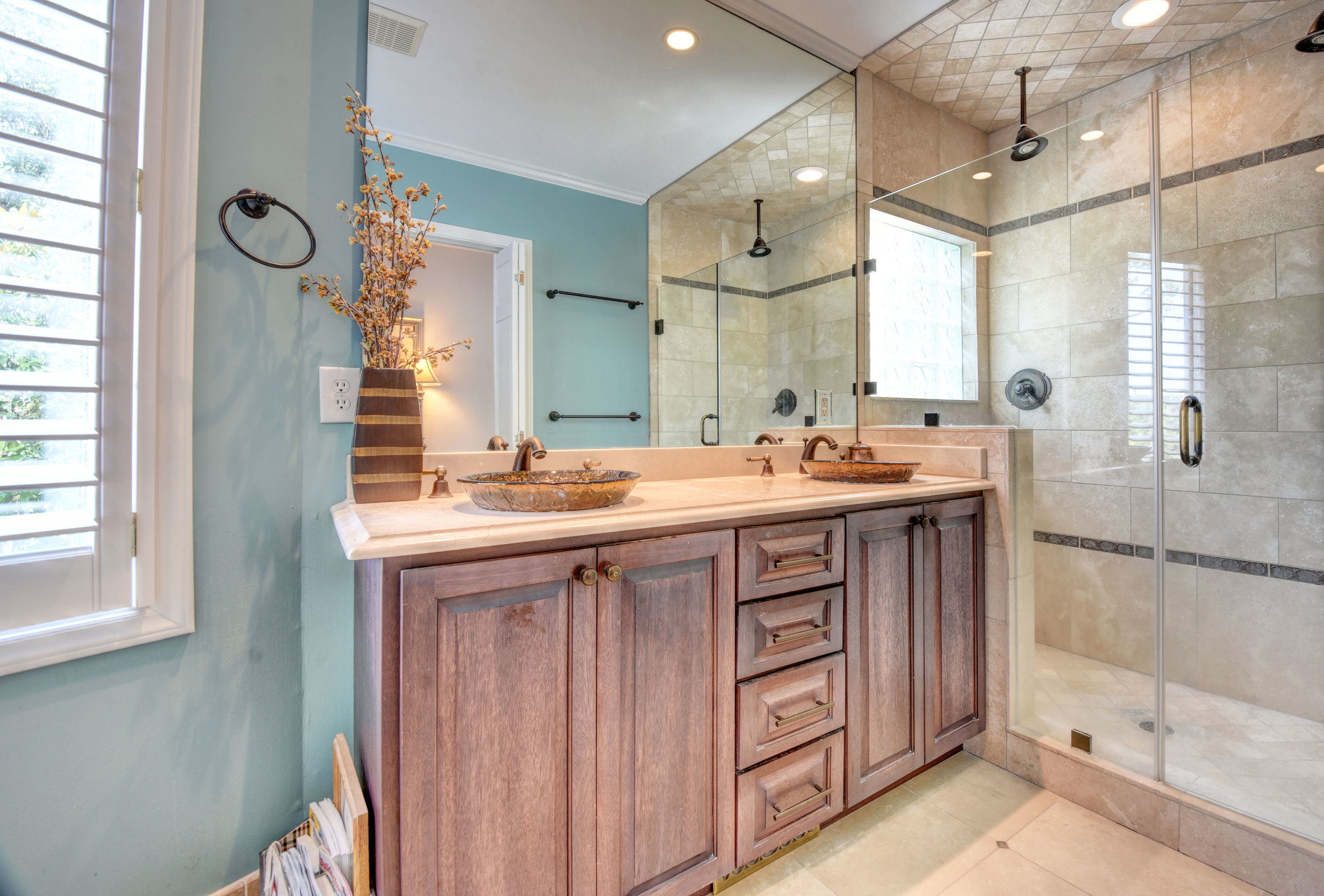 842 Shinn Point Rd Wilmington-print-041-111-Master Bathroom-4200x2844-300dpi.jpg