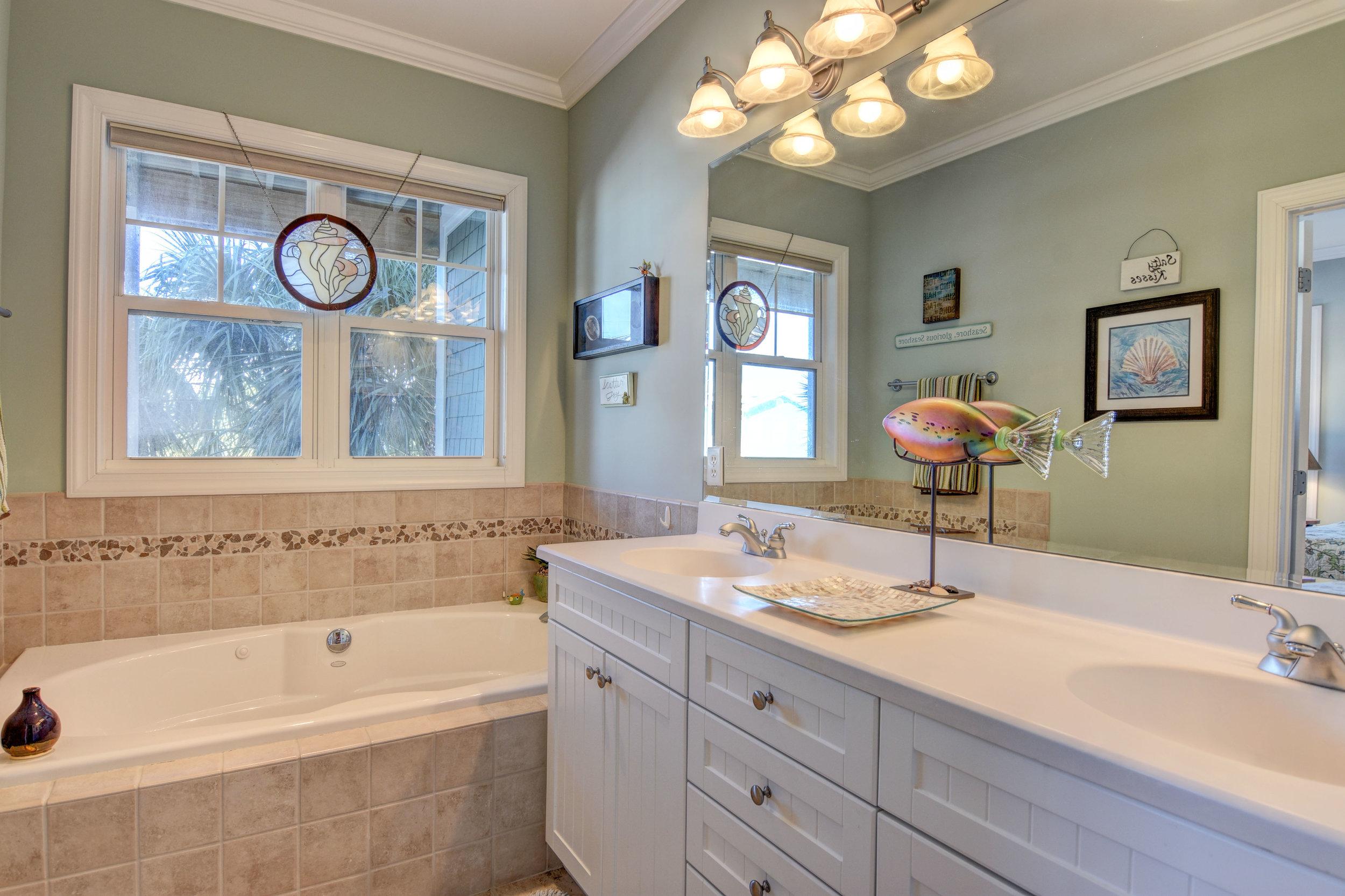 107 Dow Ave A Kure Beach NC-print-015-26-Master Bath-4200x2801-300dpi.jpg