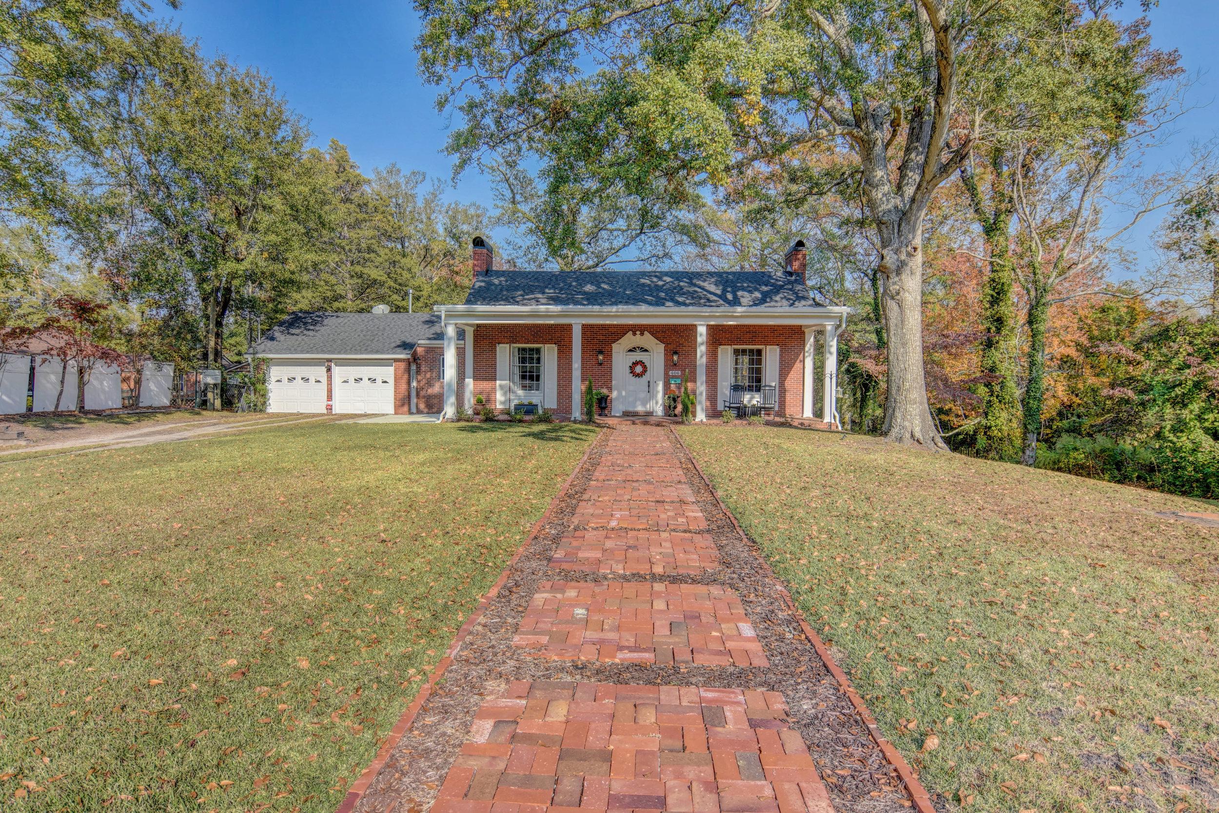 406 Woodland Dr Jacksonville-print-002-16-Front of Home-4200x2802-300dpi.jpg