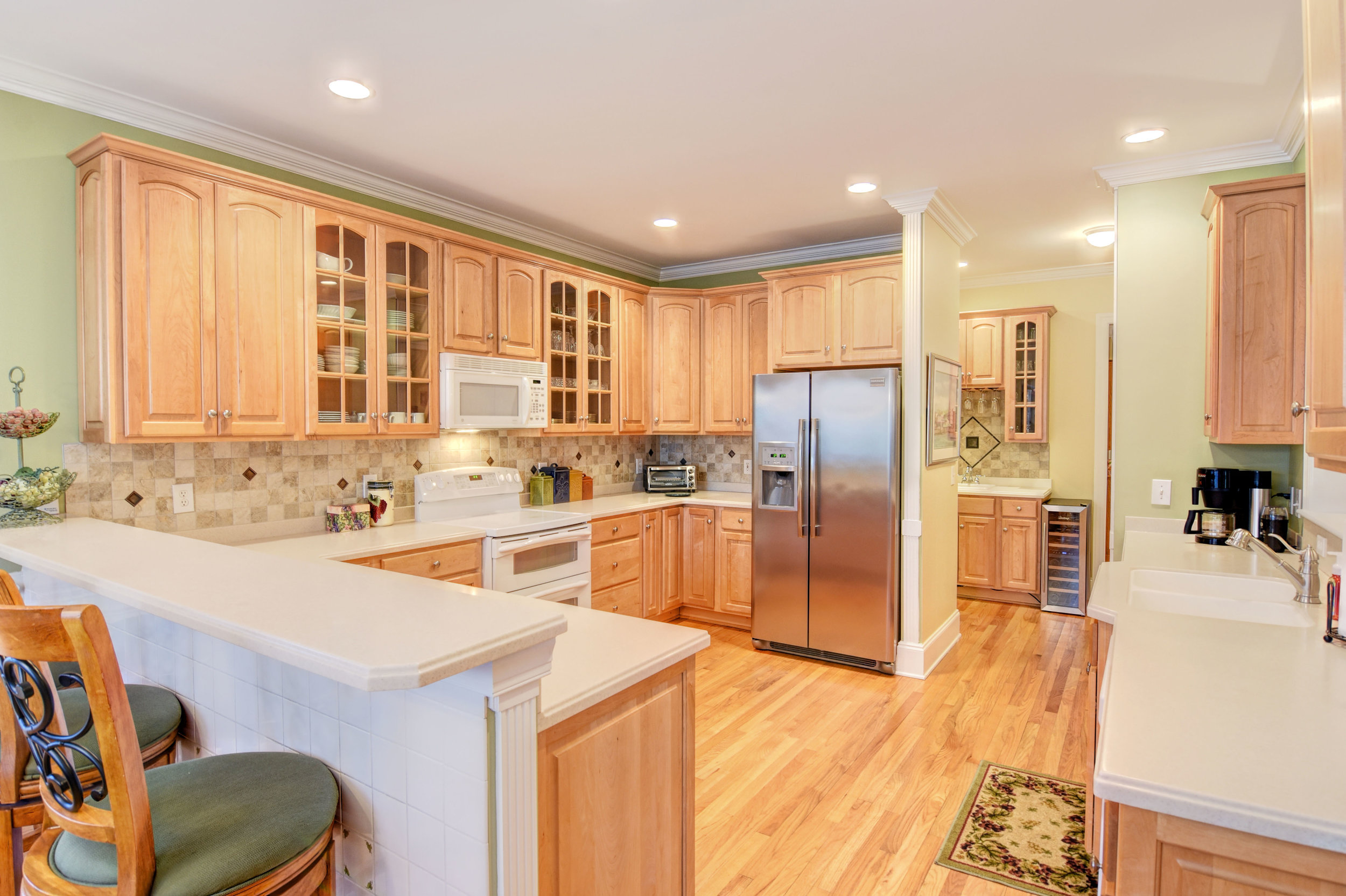 5024 Crown Point Ln Wilmington-print-014-31-Kitchen-4200x2798-300dpi.jpg