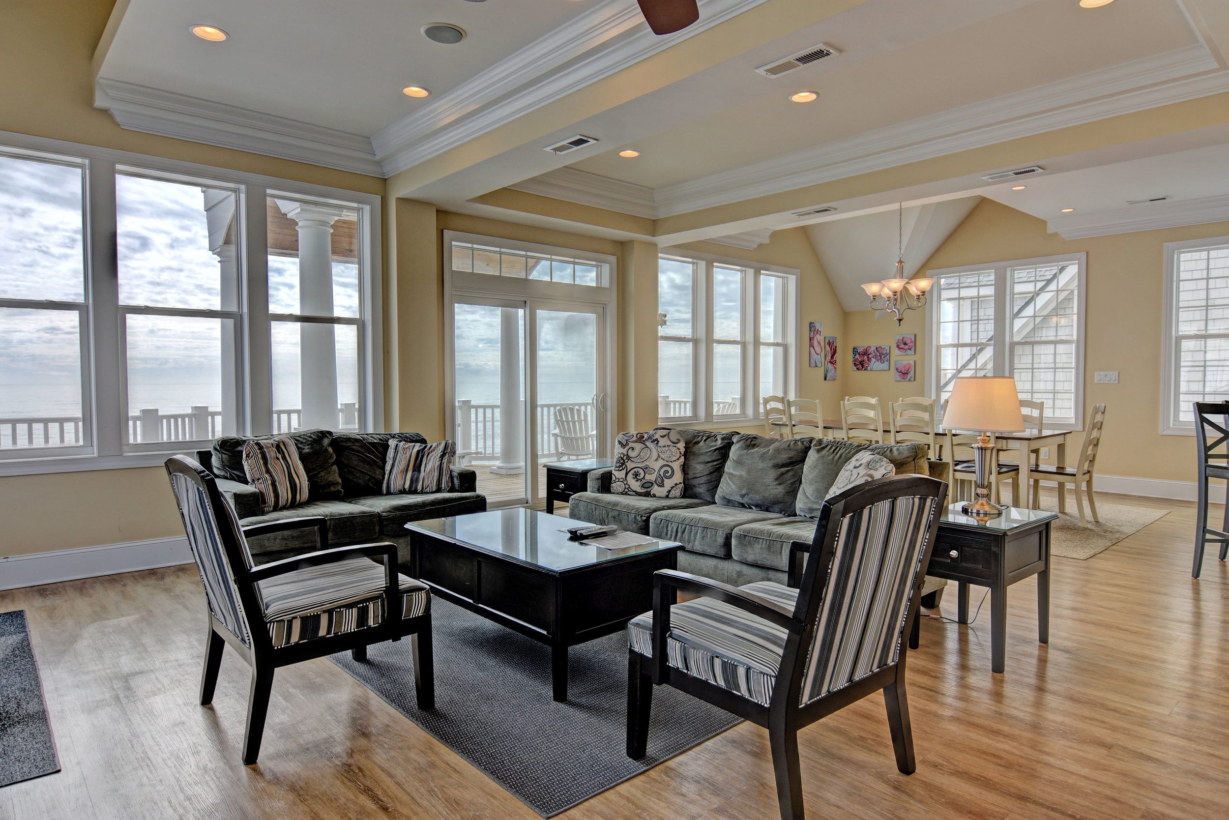4258 Island Dr North Topsail-print-005-28-Living Room-4200x2802-300dpi.jpg