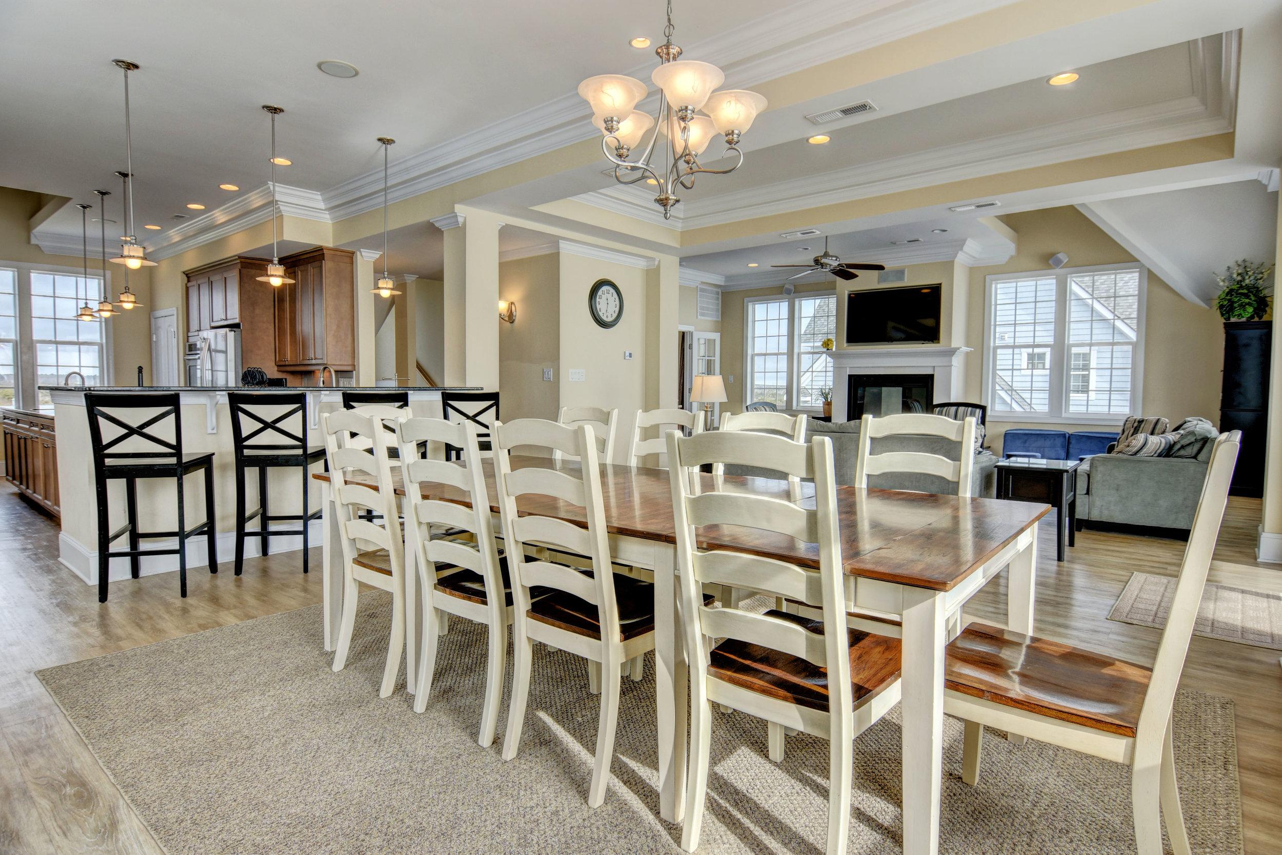 4258 Island Dr North Topsail-print-008-44-Dining Room-4200x2803-300dpi.jpg