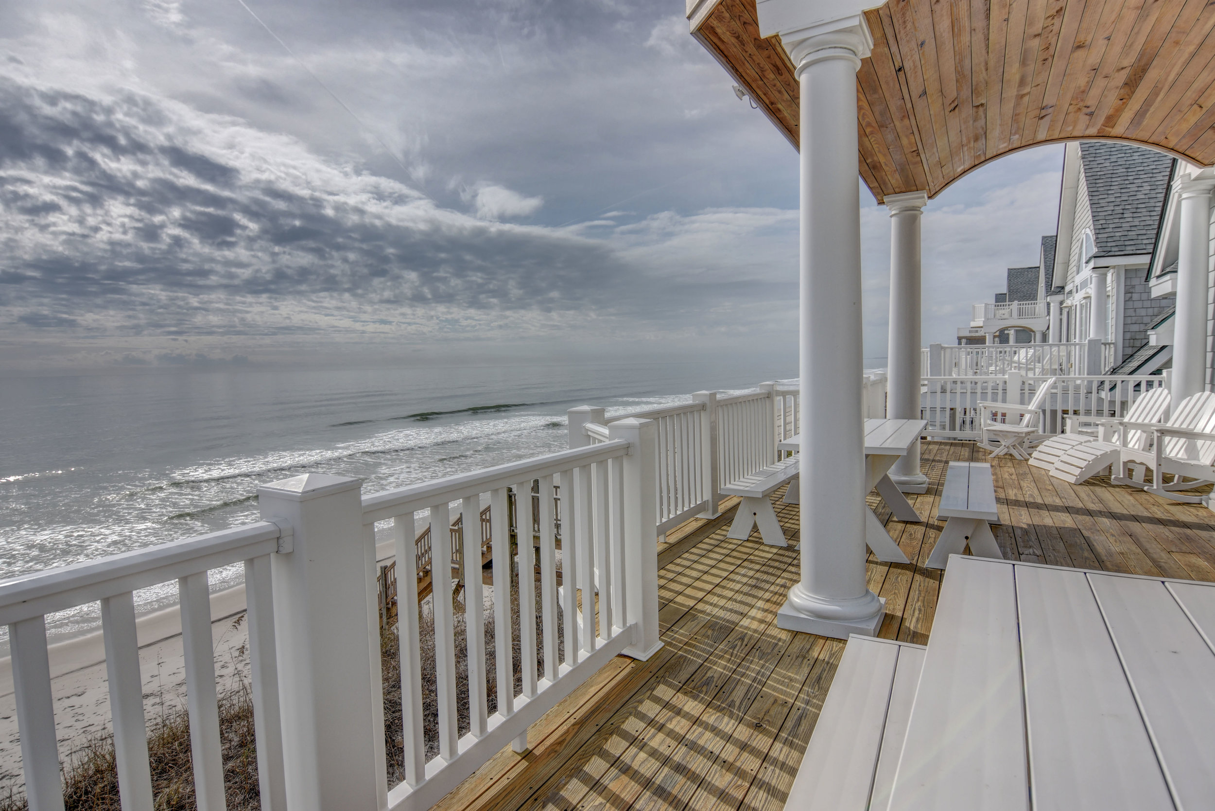 4258 Island Dr North Topsail-print-021-50-Oceanfront Deck-4200x2803-300dpi.jpg