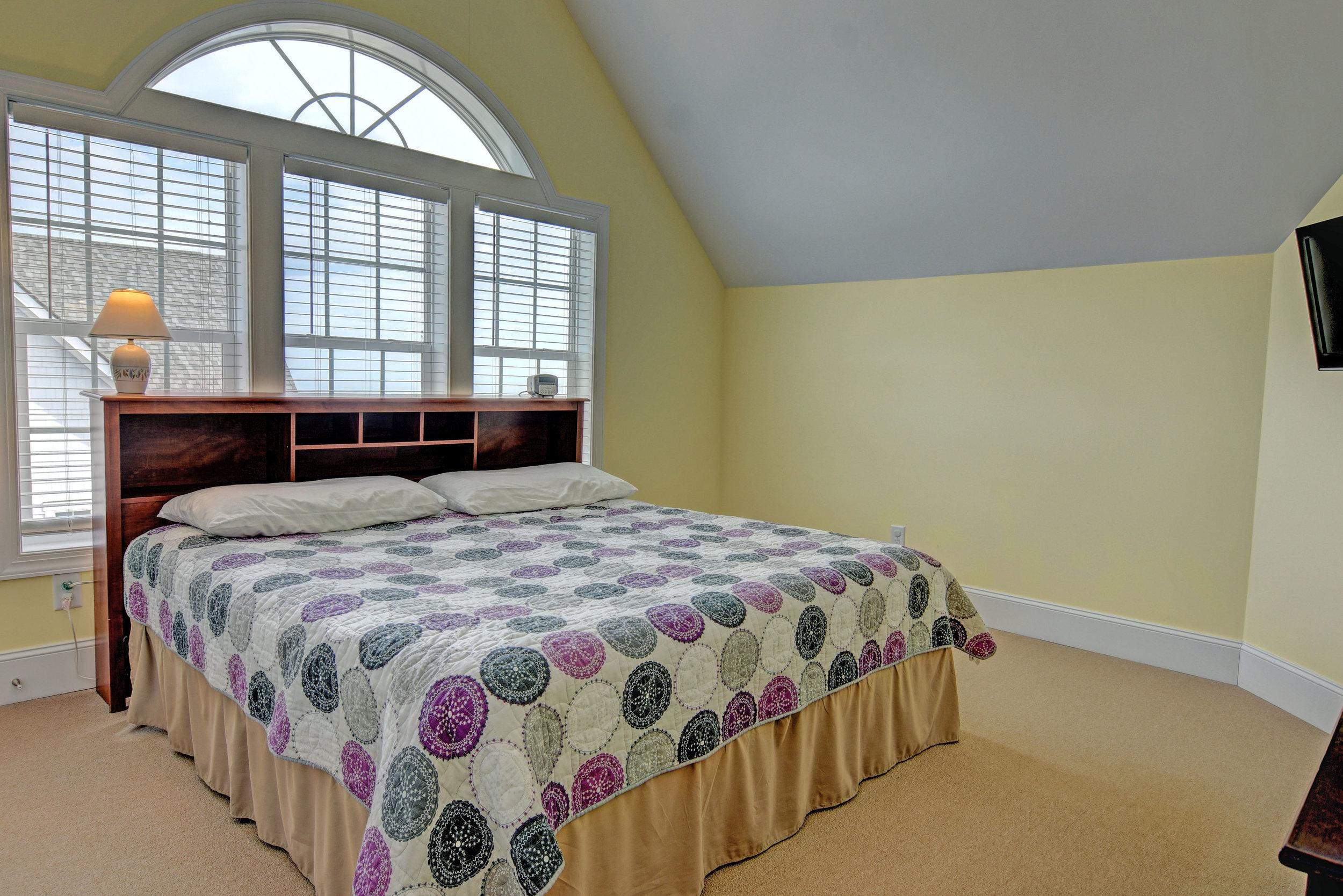 4258 Island Dr North Topsail-print-047-6-Master Bedroom-4163x2777-300dpi.jpg