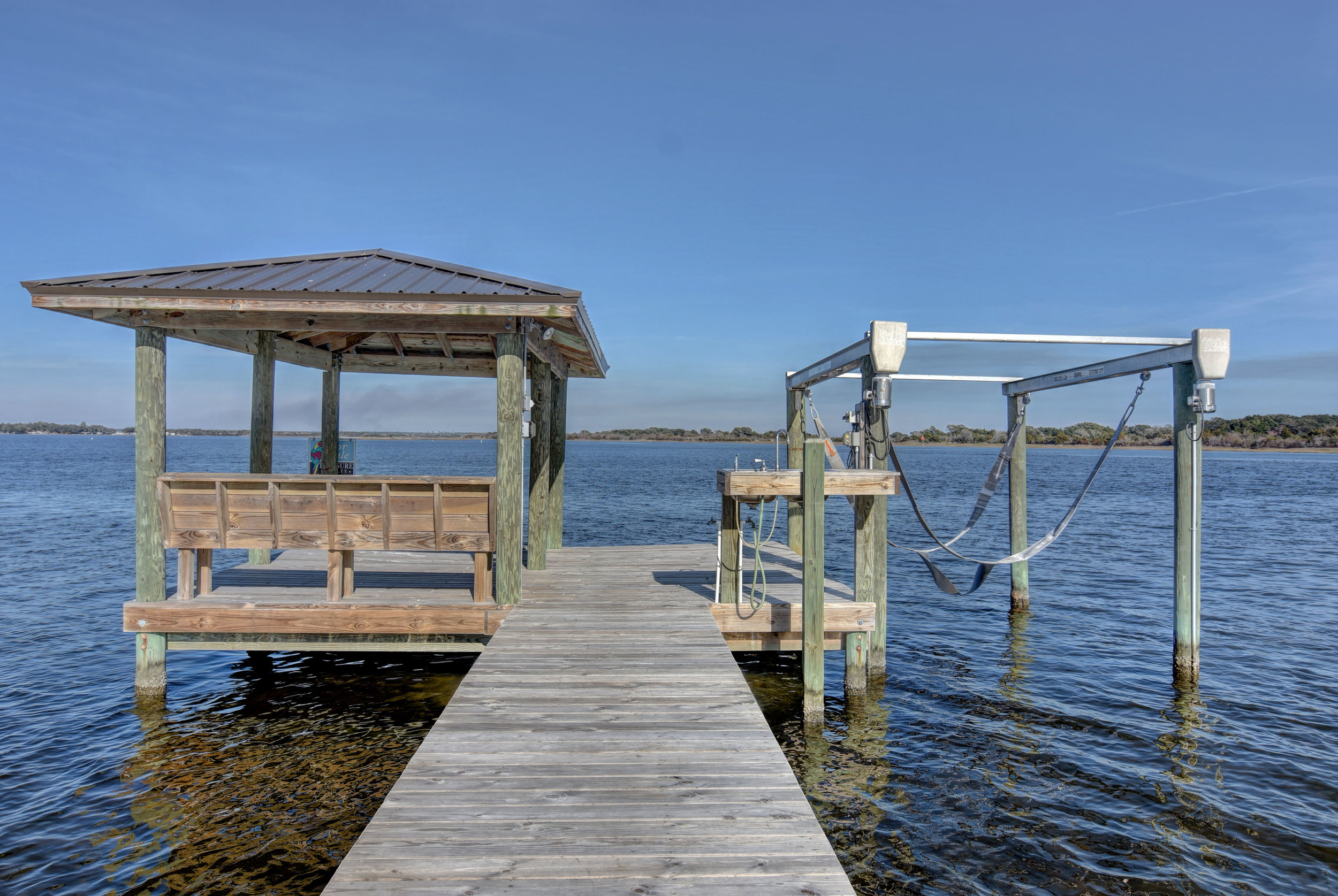 184 Big Hammock Point Rd-print-033-24-Dock  Boat Lift-4200x2815-300dpi.jpg