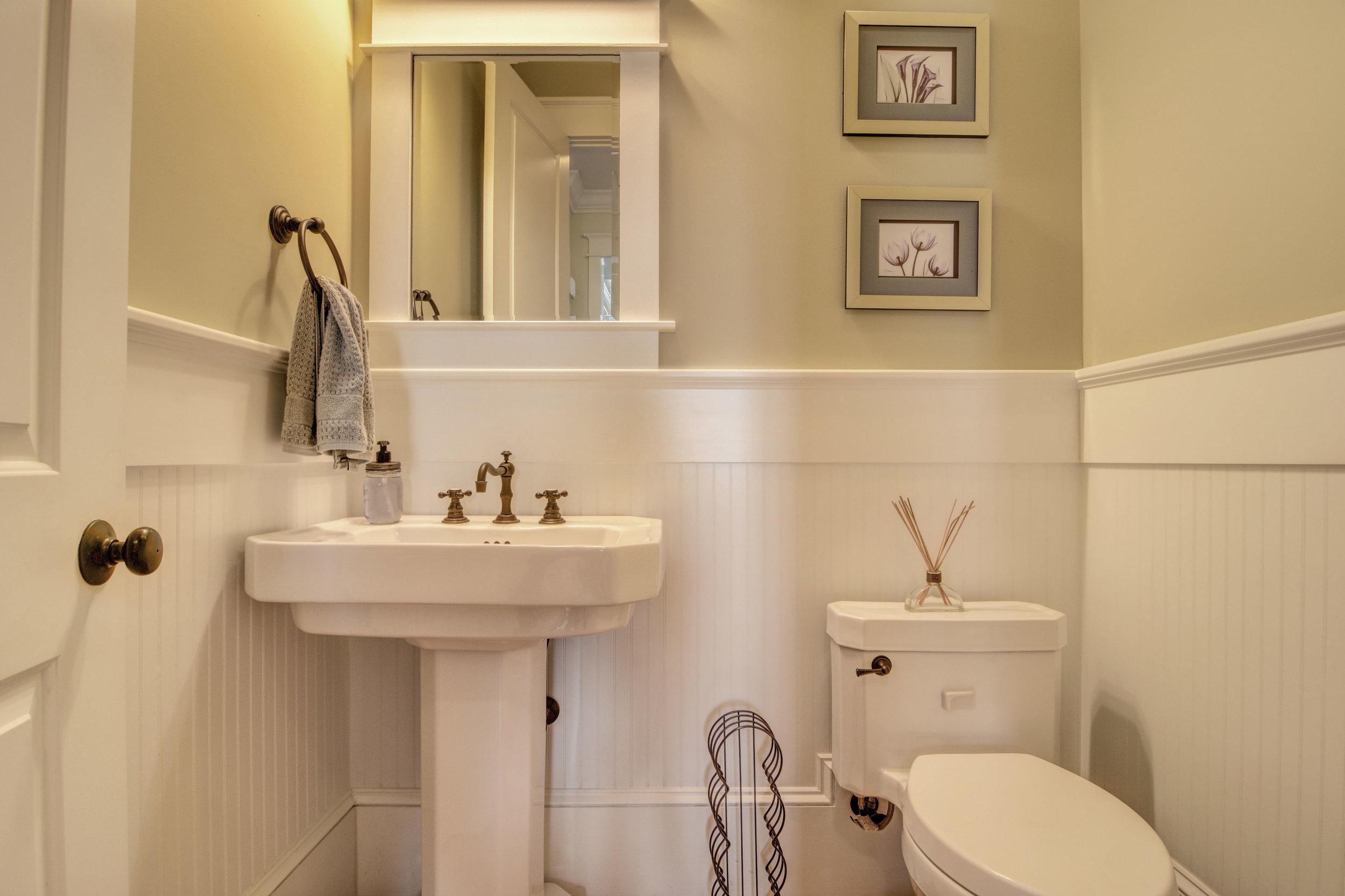 1037 Anchors Bend Way-print-014-16-Half Bathroom-4200x2800-300dpi.jpg