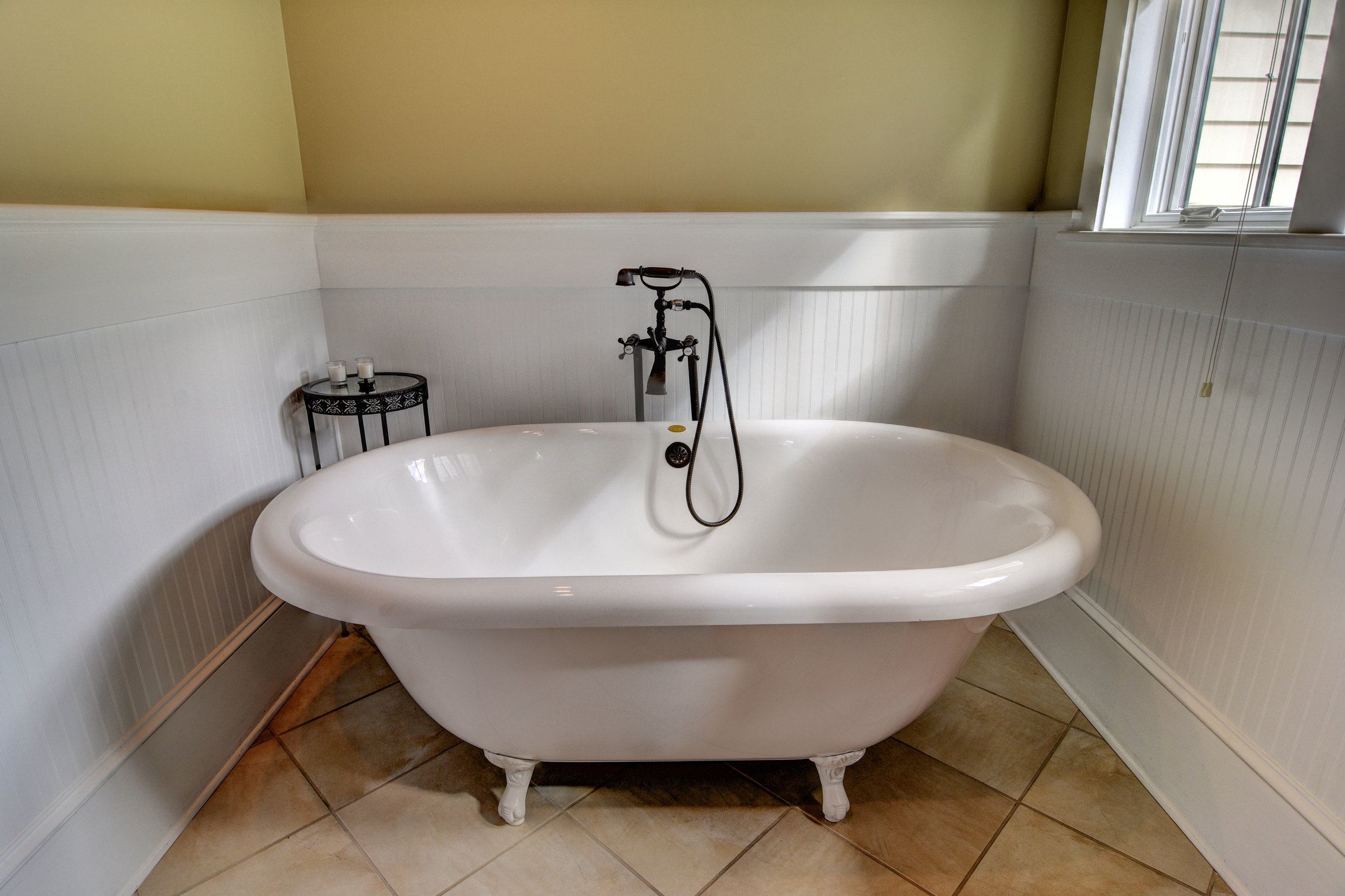 1037 Anchors Bend Way-print-019-46-Master Bath-4200x2801-300dpi.jpg