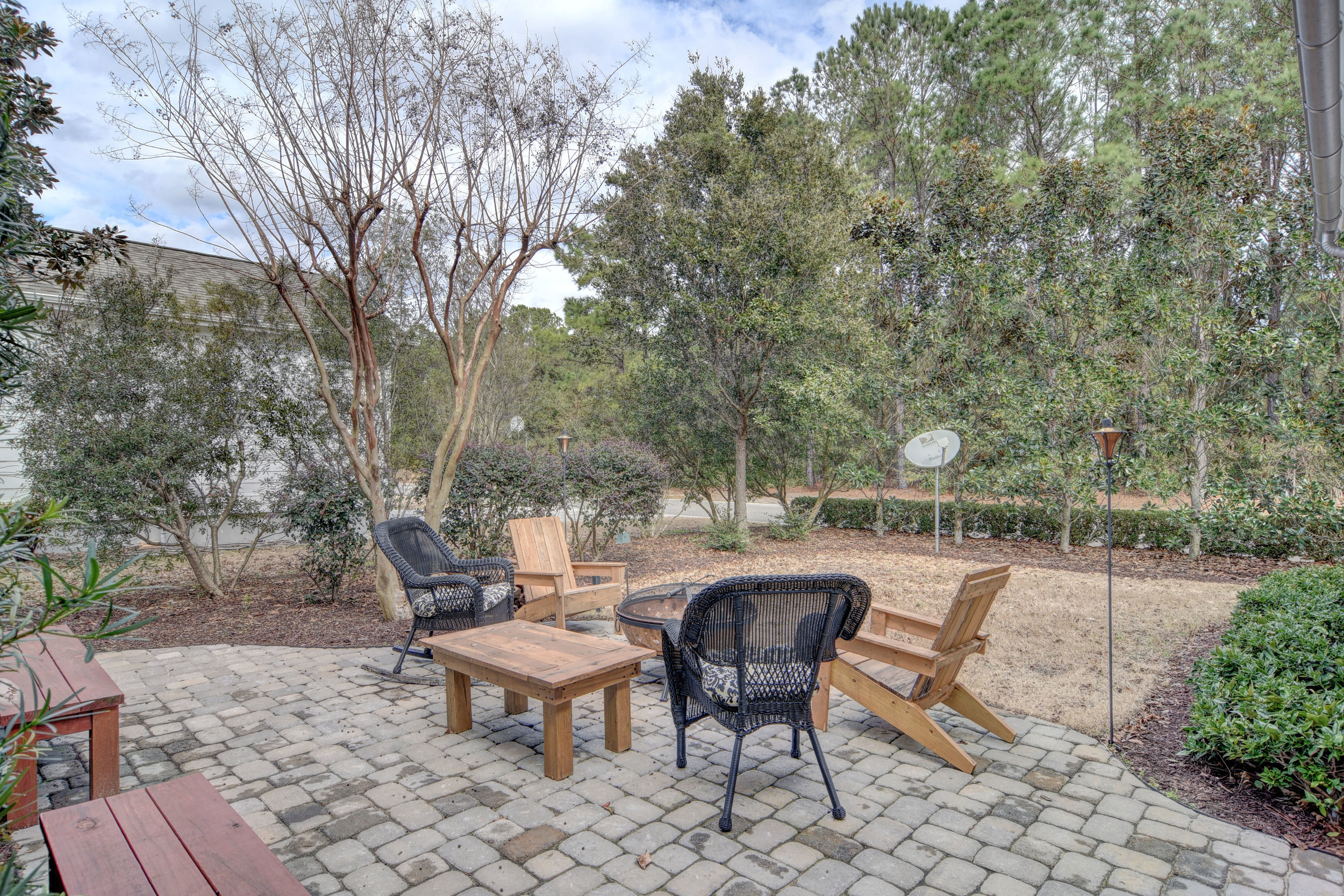 1037 Anchors Bend Way-print-030-28-Back Yard-4200x2803-300dpi.jpg