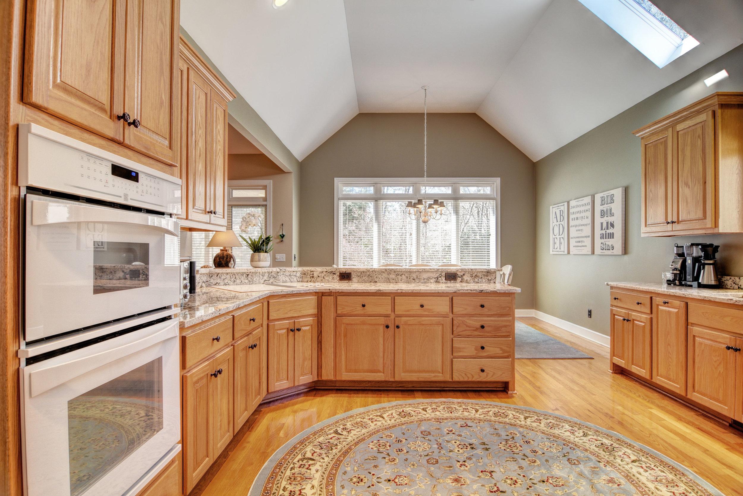 504 N Line Drive Hampstead NC-print-015-11-Kitchen-4200x2800-300dpi.jpg