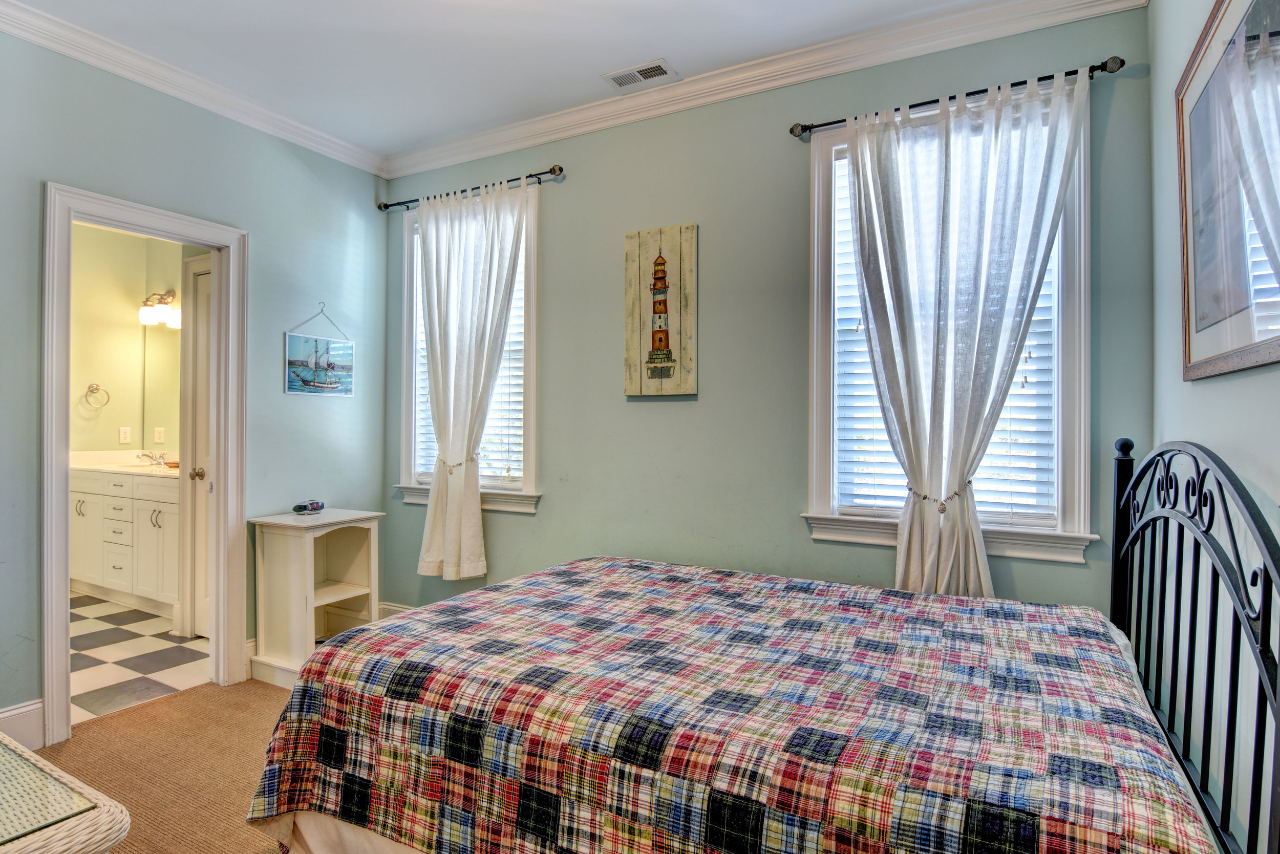 1514 Bowfin Lane Unit 2-print-023-30-Guest Bedroom 5 3rd level-4200x2803-300dpi.jpg