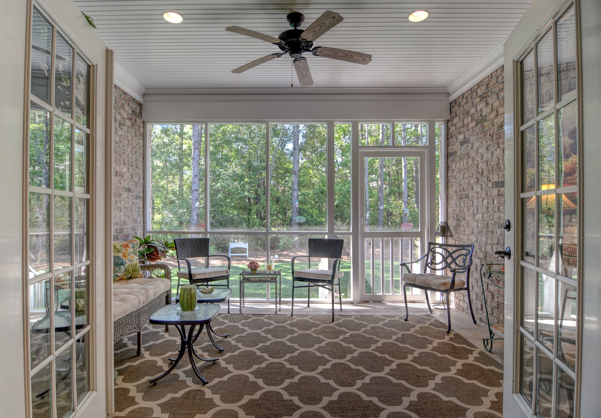 2114 Bay Colony Ln Wilmington-print-006-5-Screened Porch-4200x2925-300dpi.jpg
