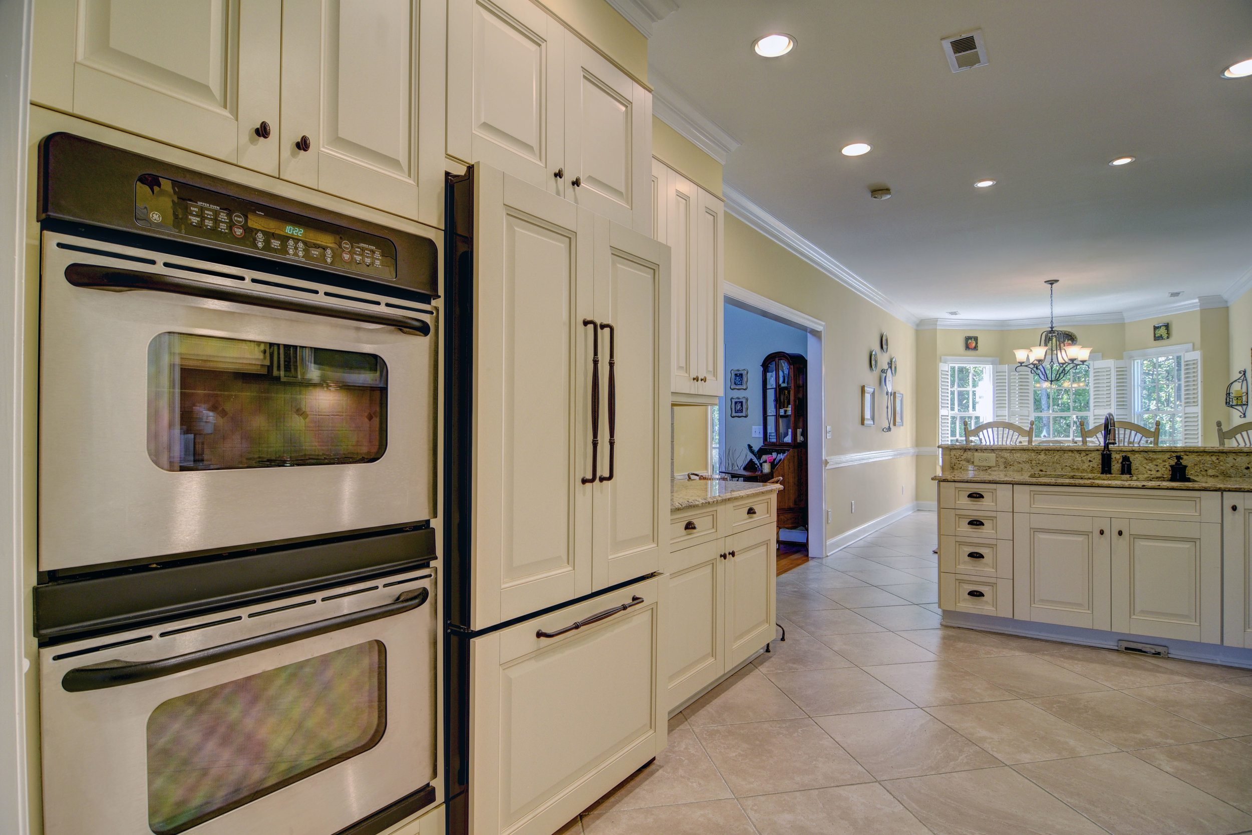 2114 Bay Colony Ln Wilmington-print-010-10-Kitchen-4200x2802-300dpi.jpg