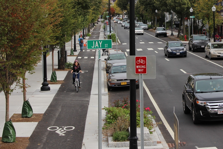 WESTERN AVE COMPLETE STREETS