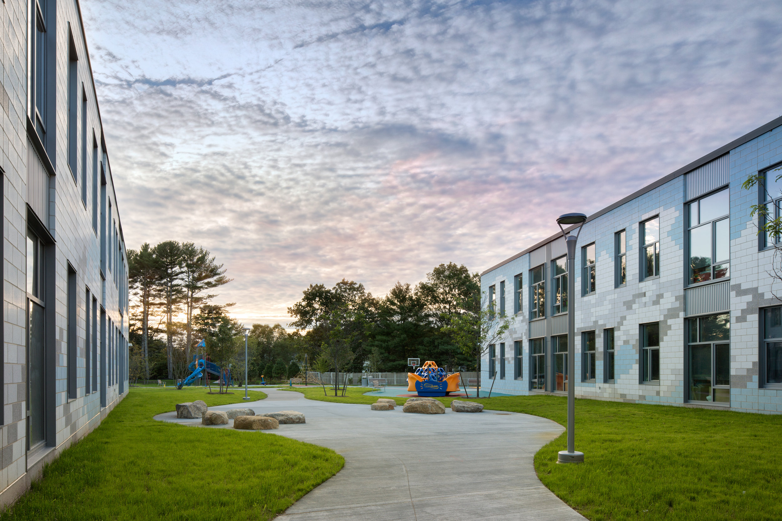 Carver Elementary School Courtyard (Photo by Ed Wonsek)