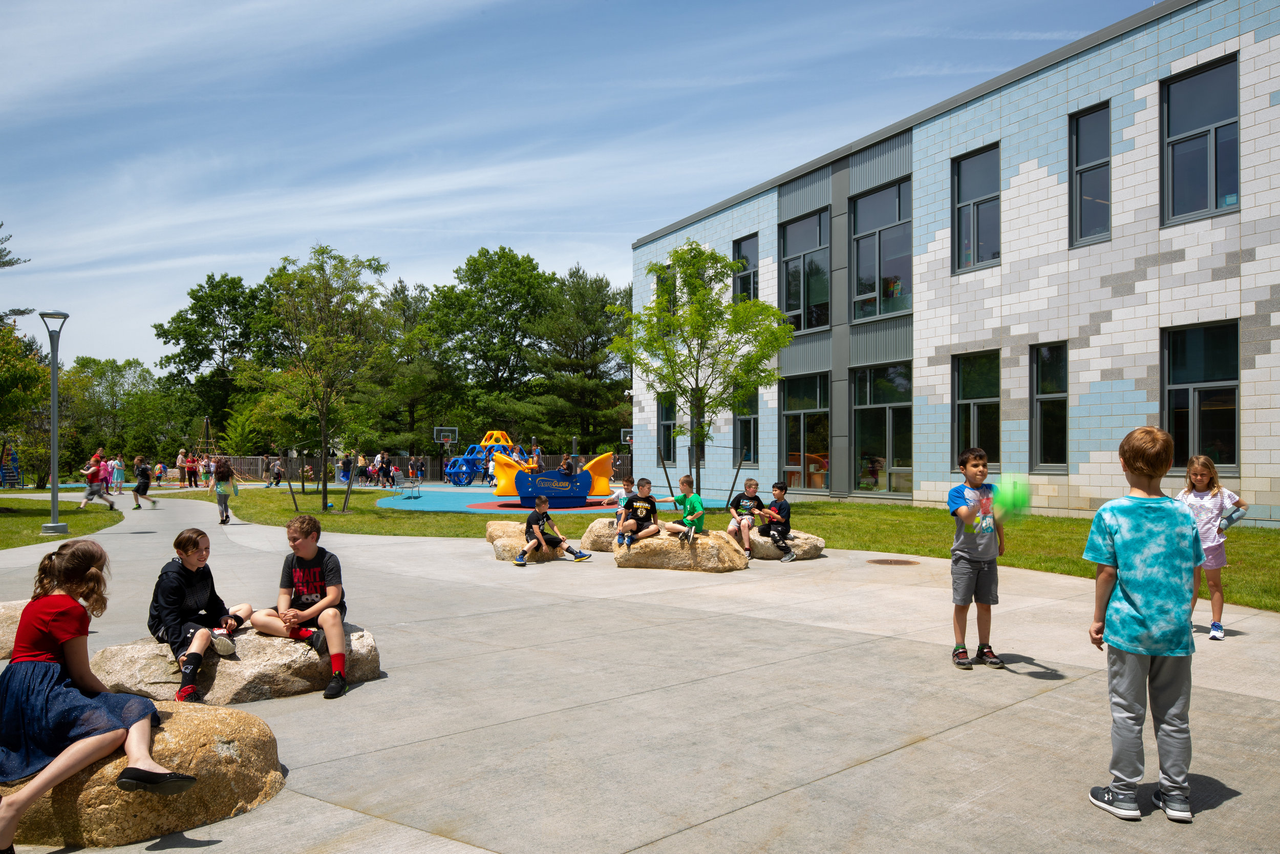 Carver Elementary School Courtyard and Playspaces (Photo by Ed Wonsek)