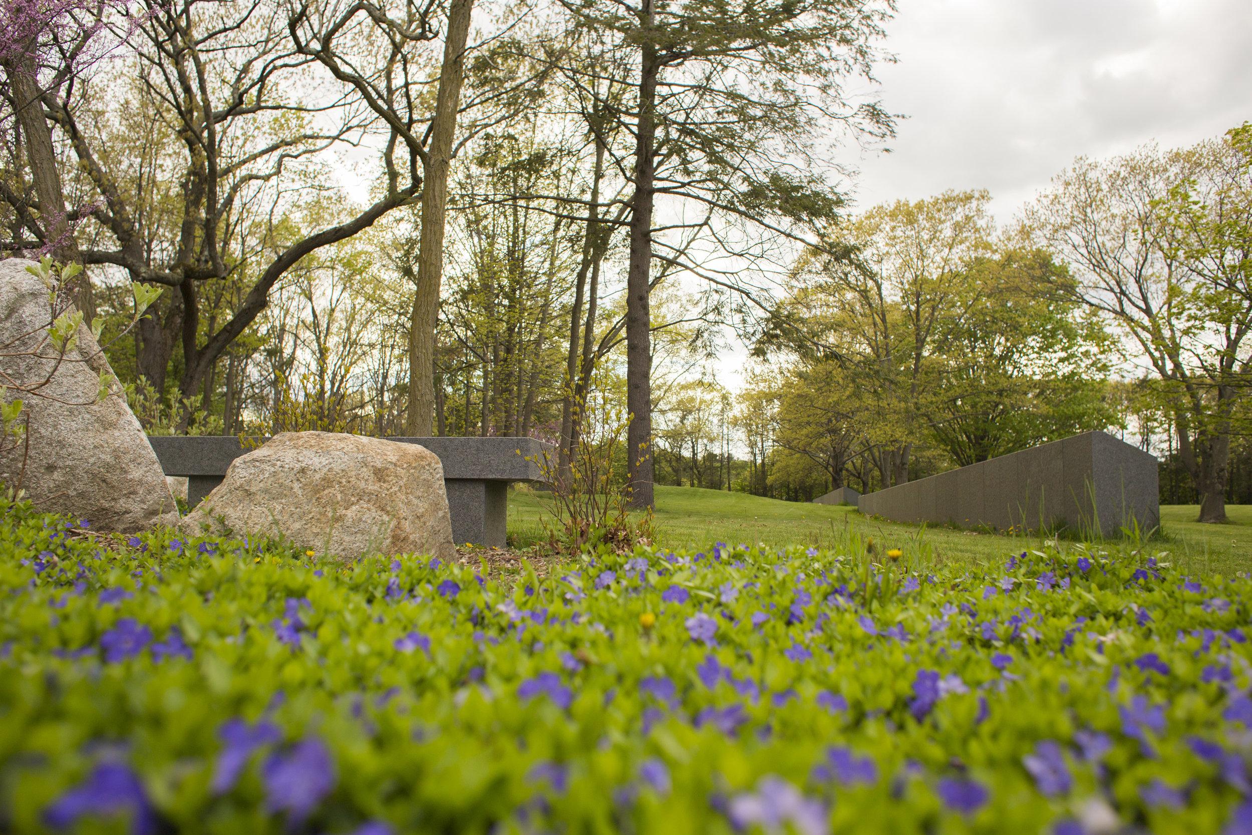 Walnut Hills Cemetery (Photo by Ngoc Doan)