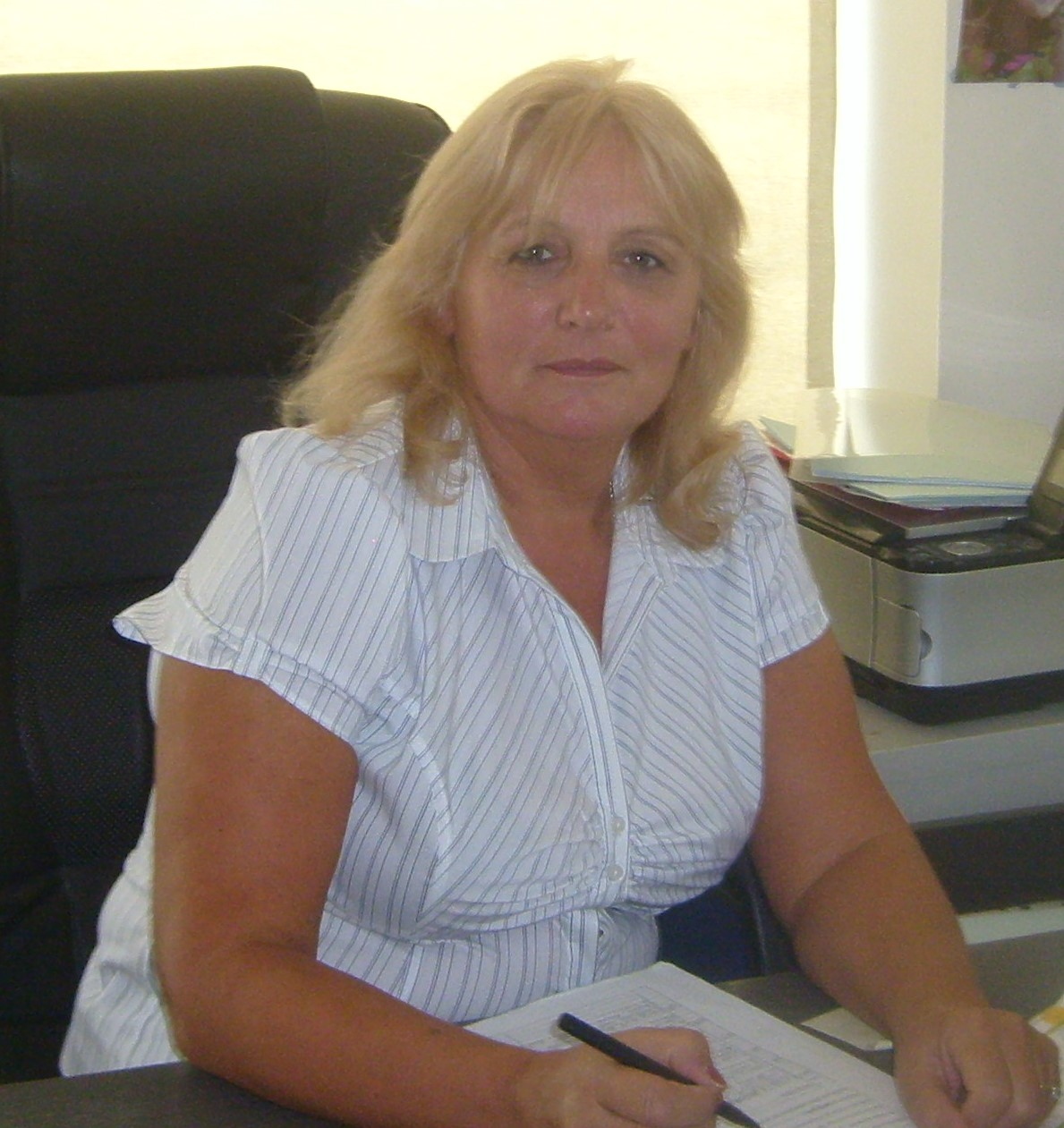 Janice Costantinou, Manager