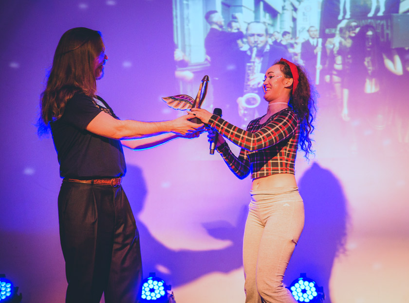 Sexual_Freedom_Awards_2016-ELSC_RIP_Shoreditch_(Event_Winner)-Kian_de_la_Cour_(judge)-Trophy_presentation-Copyright+Credit_Gina_Jackson-(055aw).jpg