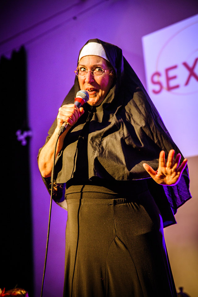 Sexual_Freedom_Awards_2016-Laura-Doe_(performance)-Copyright+Credit_Gina_Jackson-(083aw).jpg