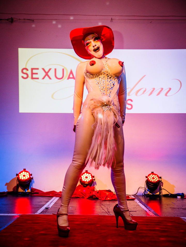 Sexual_Freedom_Awards_2016-Marnie_Scarlet_(Performer_Finalist)-Copyright+Credit_Gina_Jackson-(040aw).jpg